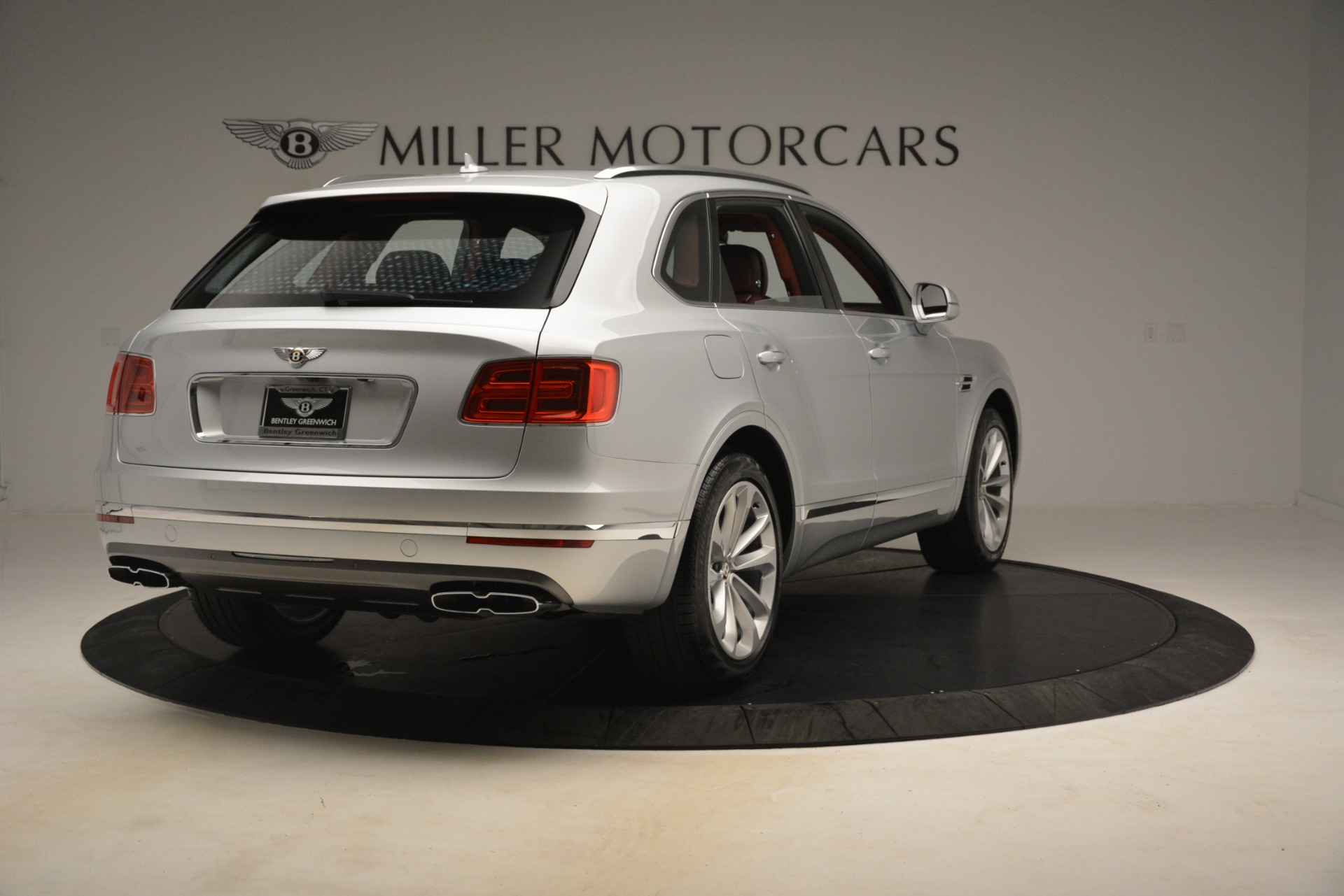 New 2019 Bentley Bentayga V8 For Sale In Greenwich, CT 2935_p7