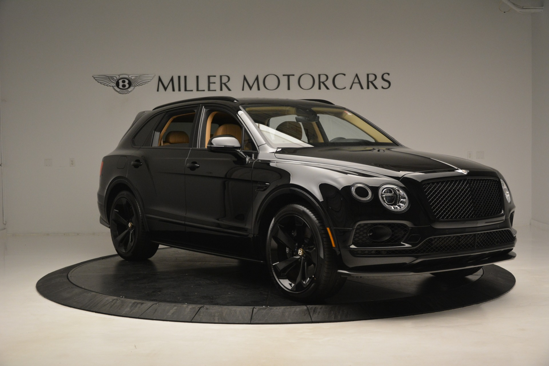 New 2019 Bentley Bentayga V8 For Sale In Greenwich, CT 2939_p10