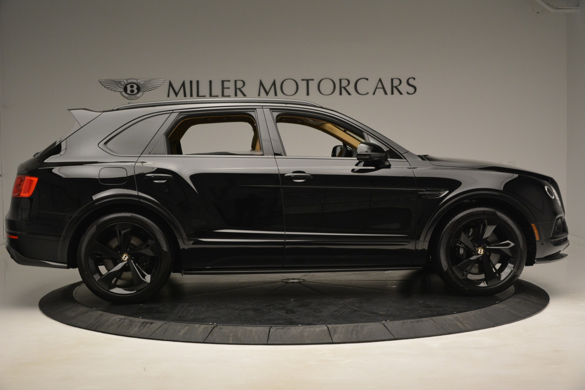 New 2019 Bentley Bentayga V8 For Sale In Greenwich, CT 2939_p8