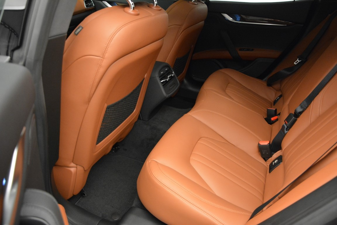 Used 2015 Maserati Ghibli S Q4 For Sale In Greenwich, CT 2941_p16