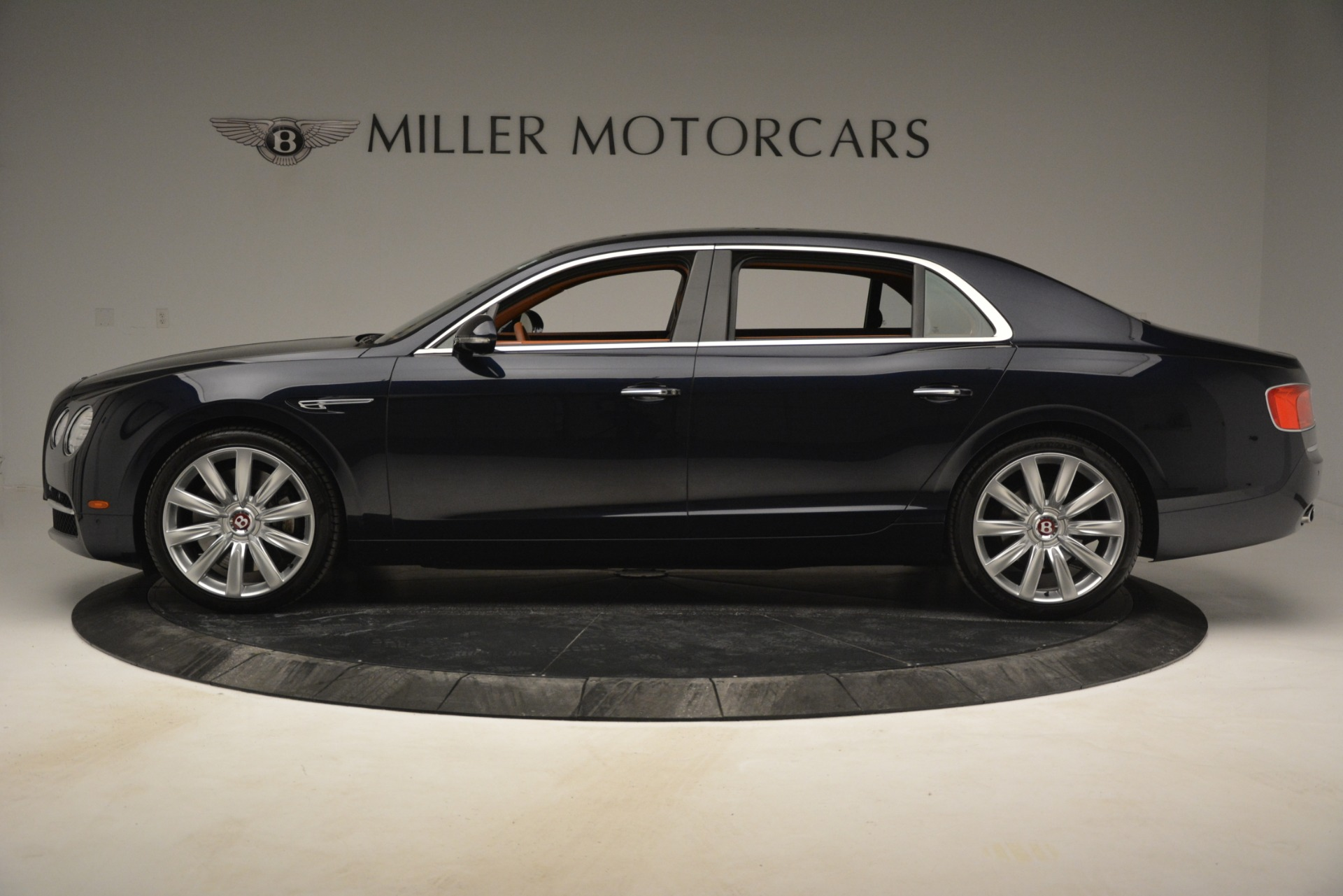 Used 2016 Bentley Flying Spur W12 For Sale In Greenwich, CT 2943_p3