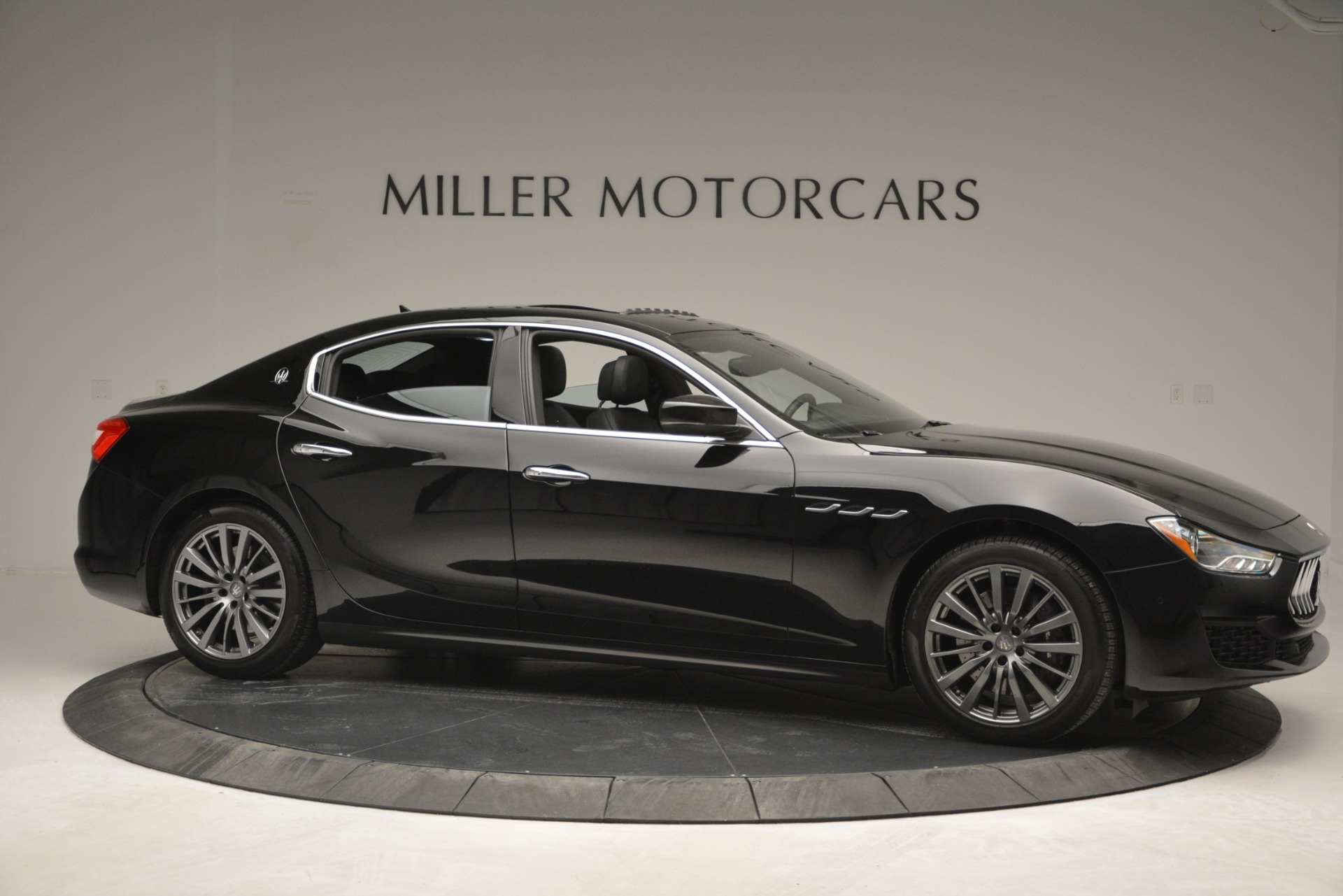 Used 2018 Maserati Ghibli S Q4 For Sale In Greenwich, CT 2944_p13