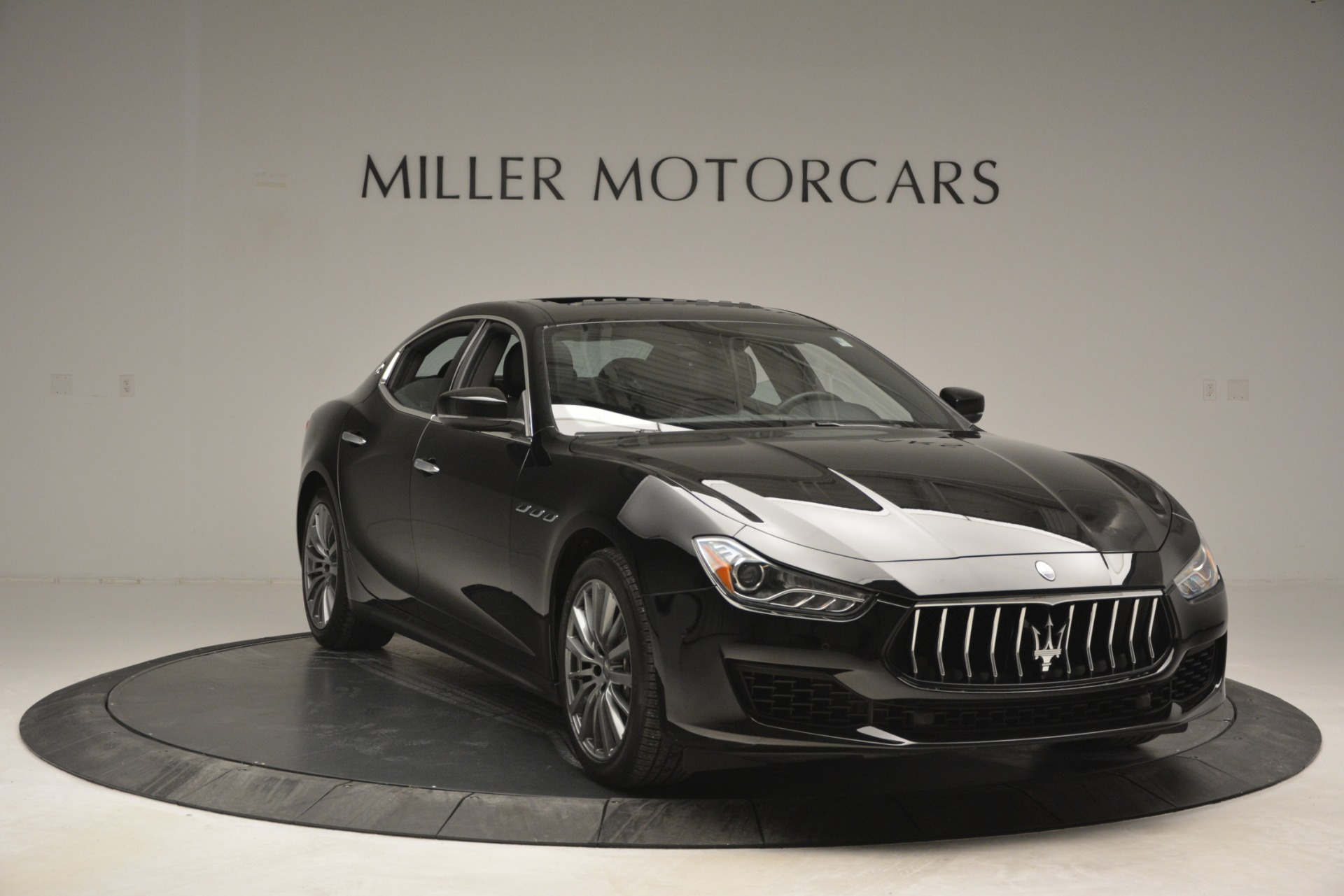 Used 2018 Maserati Ghibli S Q4 For Sale In Greenwich, CT 2944_p15