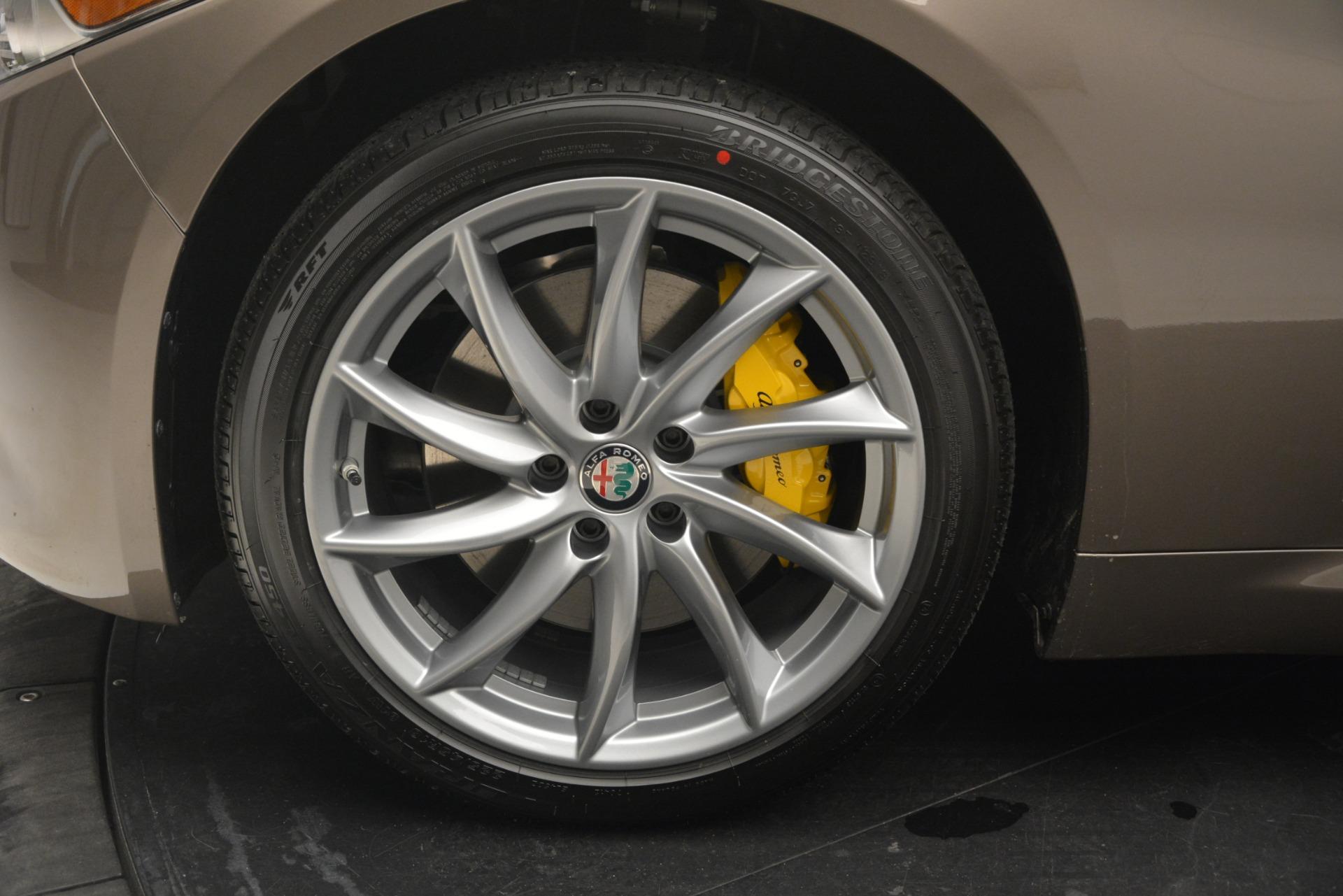 New 2019 Alfa Romeo Giulia Q4 For Sale In Greenwich, CT 2947_p20