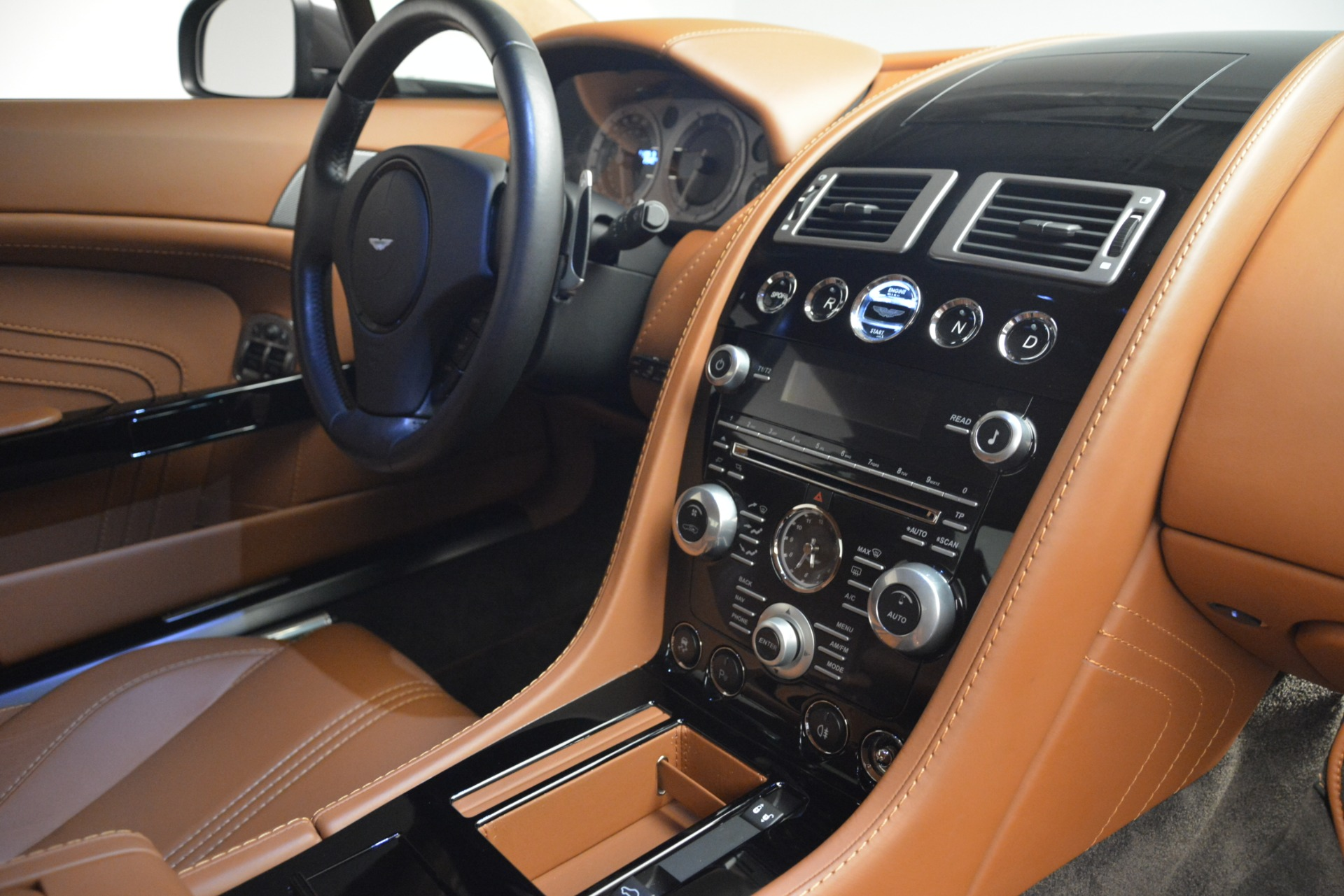Used 2012 Aston Martin V8 Vantage S Coupe For Sale In Greenwich, CT 2951_p17
