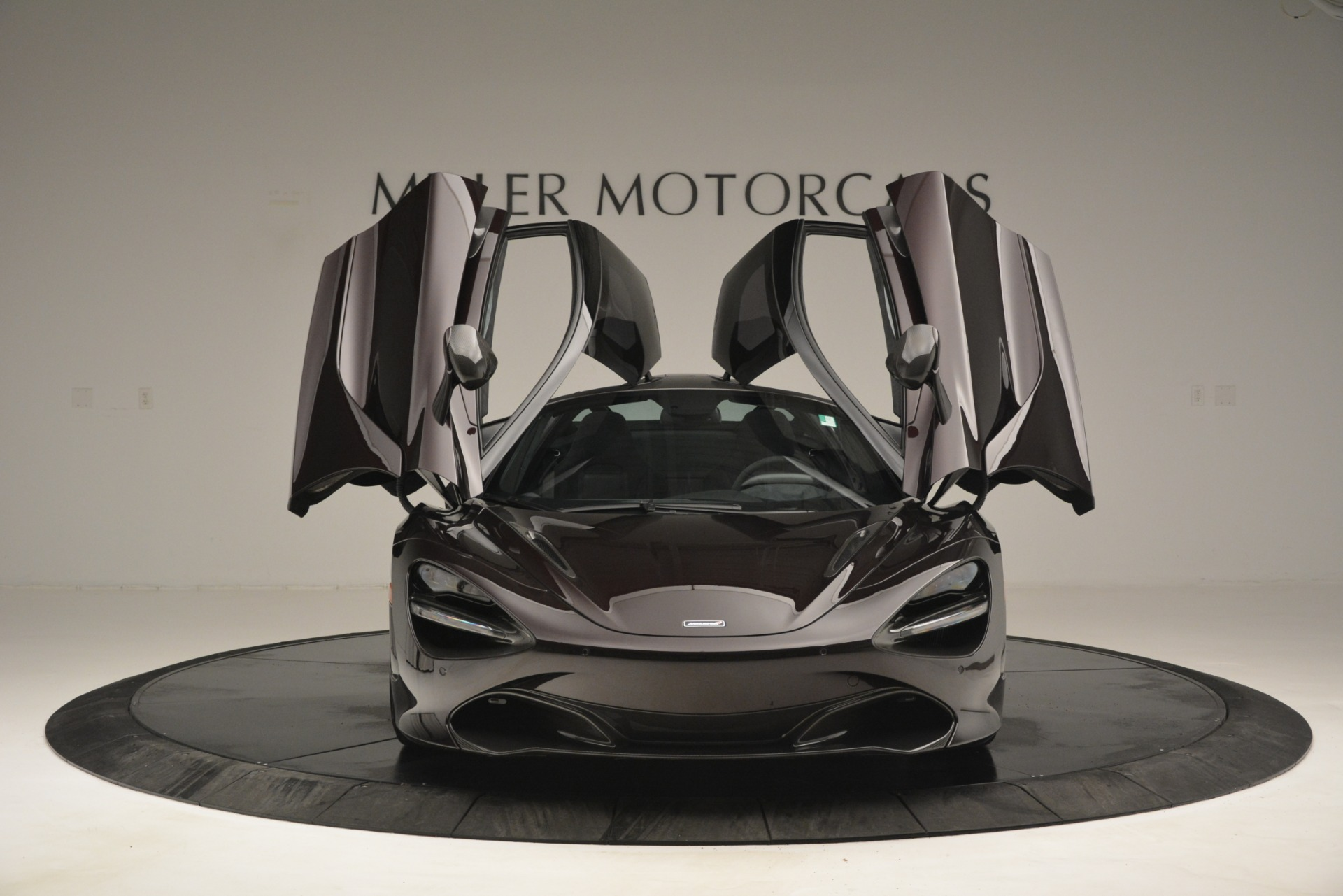 Used 2018 McLaren 720S Coupe For Sale In Greenwich, CT 2952_p13