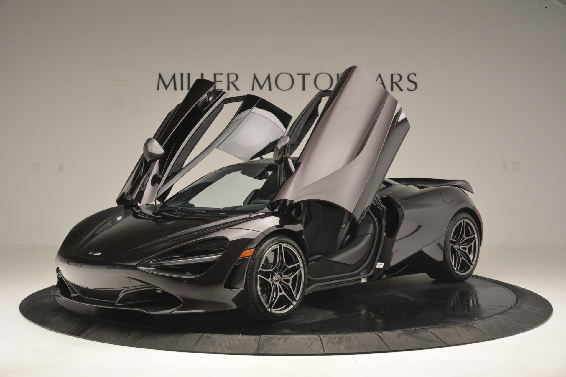 Used 2018 McLaren 720S Coupe For Sale In Greenwich, CT 2952_p14