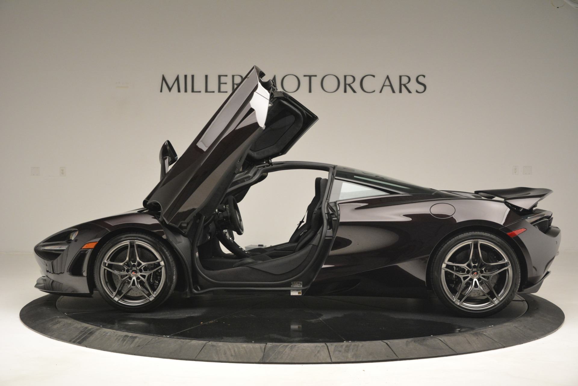 Used 2018 McLaren 720S Coupe For Sale In Greenwich, CT 2952_p15