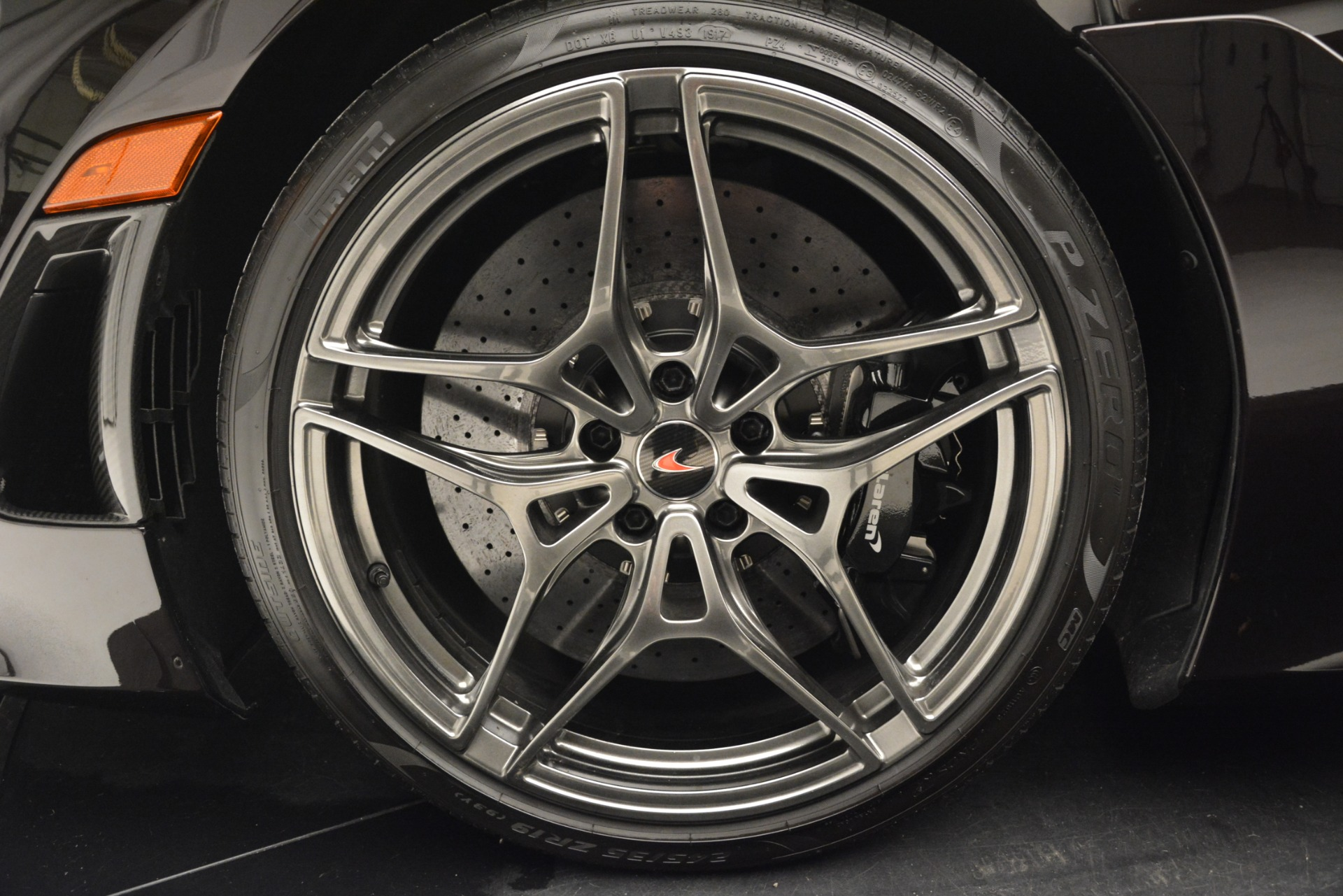 Used 2018 McLaren 720S Coupe For Sale In Greenwich, CT 2952_p16