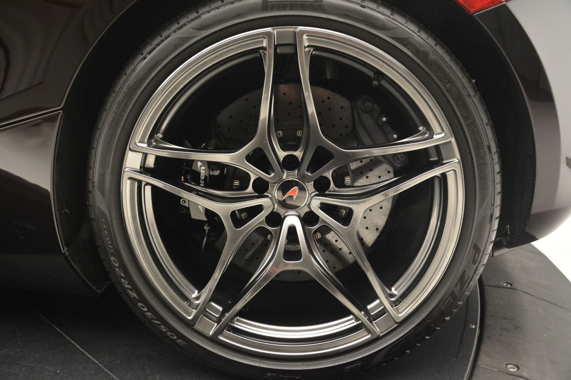 Used 2018 McLaren 720S Coupe For Sale In Greenwich, CT 2952_p17