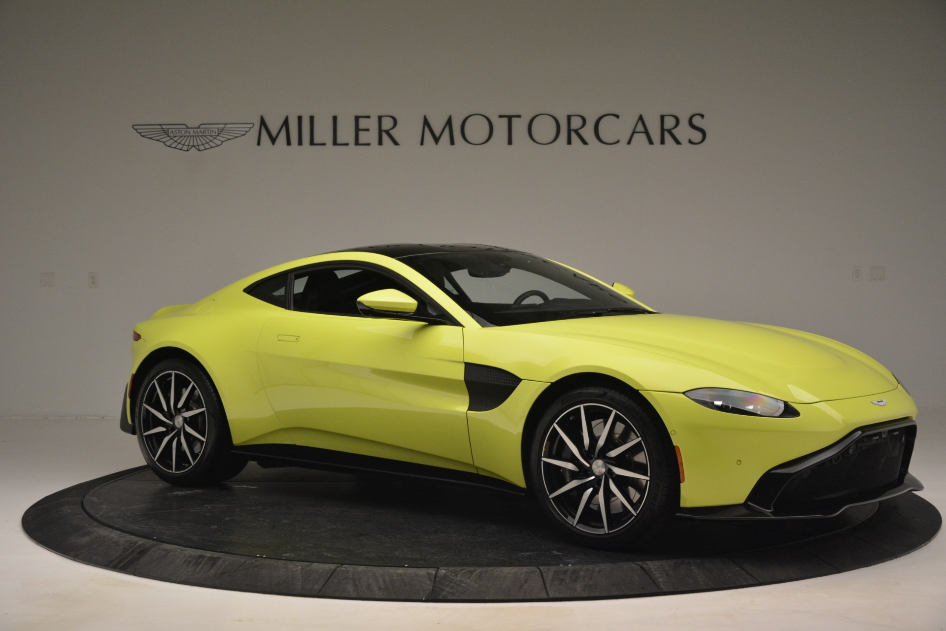 Used 2019 Aston Martin Vantage  For Sale In Greenwich, CT 2958_p10
