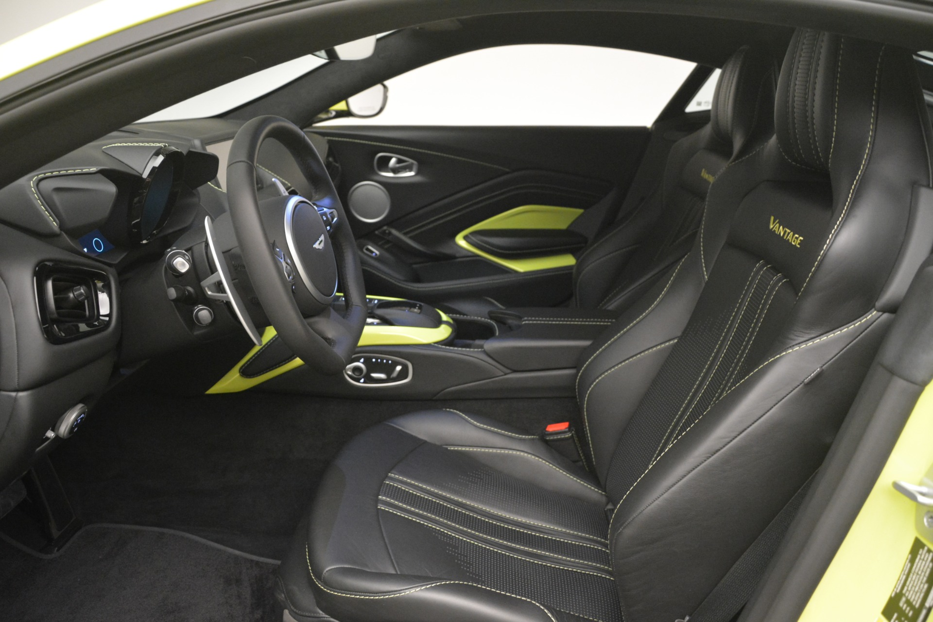 Used 2019 Aston Martin Vantage  For Sale In Greenwich, CT 2958_p13