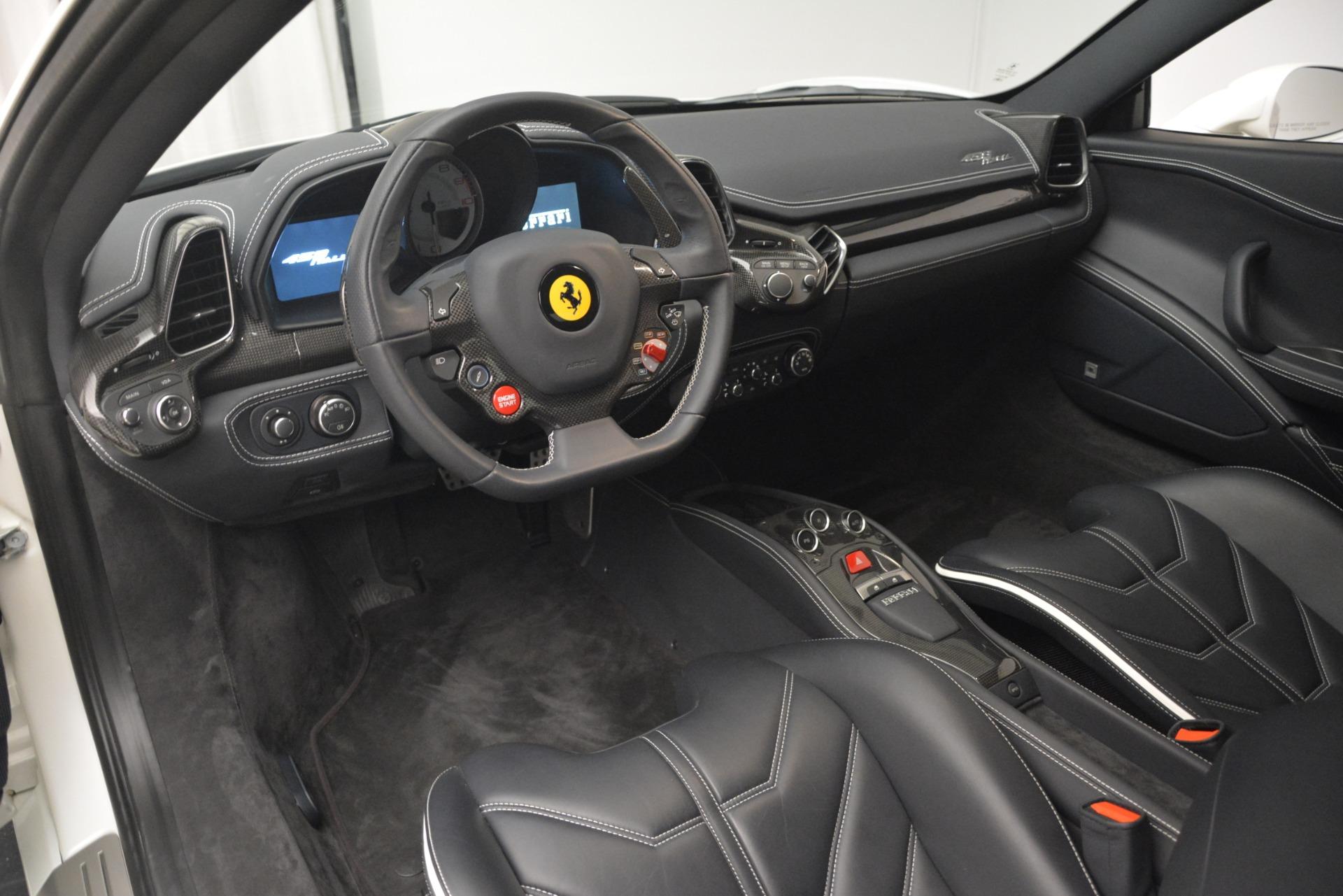 Used 2014 Ferrari 458 Italia  For Sale In Greenwich, CT 2959_p13