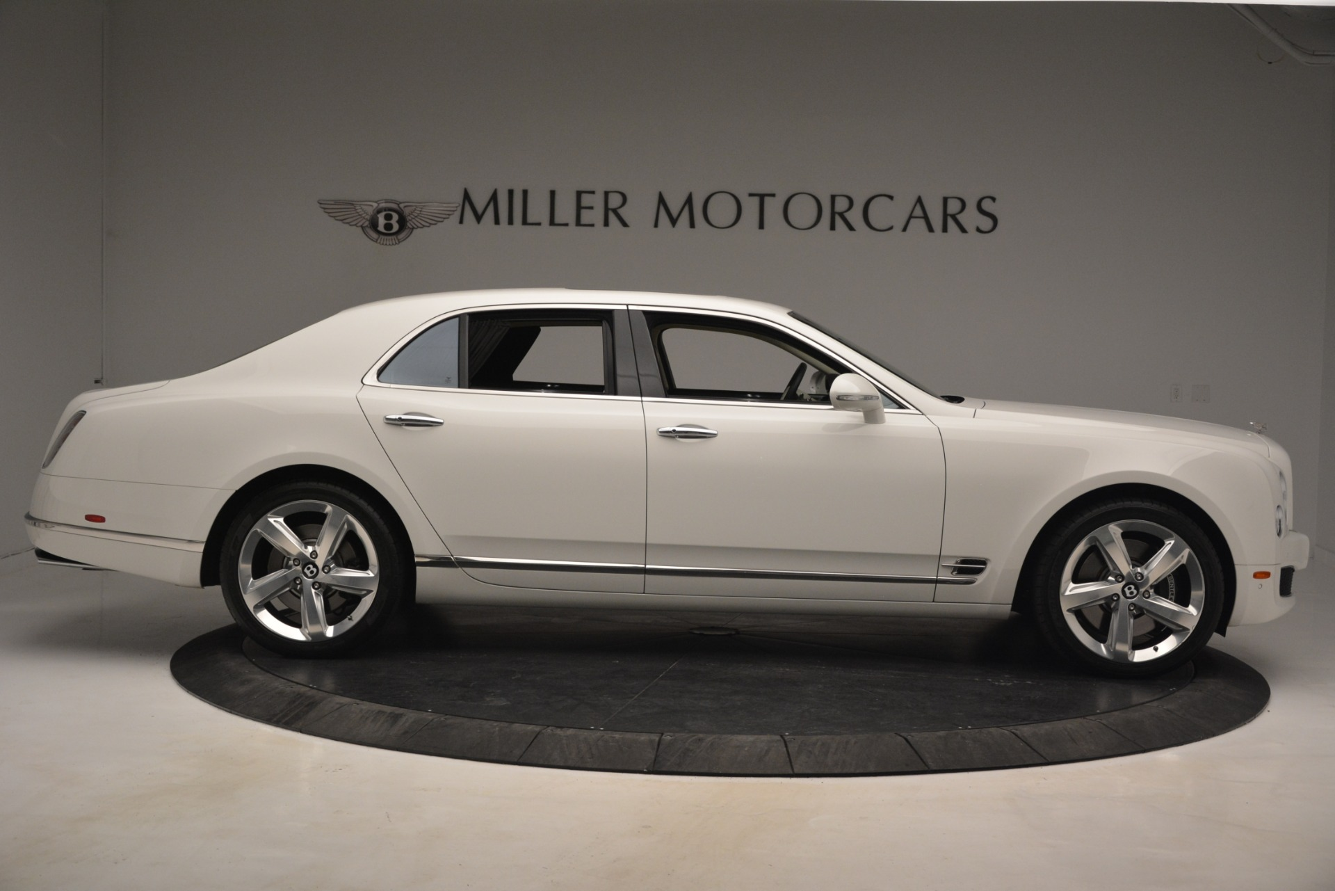 Used 2016 Bentley Mulsanne Speed For Sale In Greenwich, CT 2960_p9