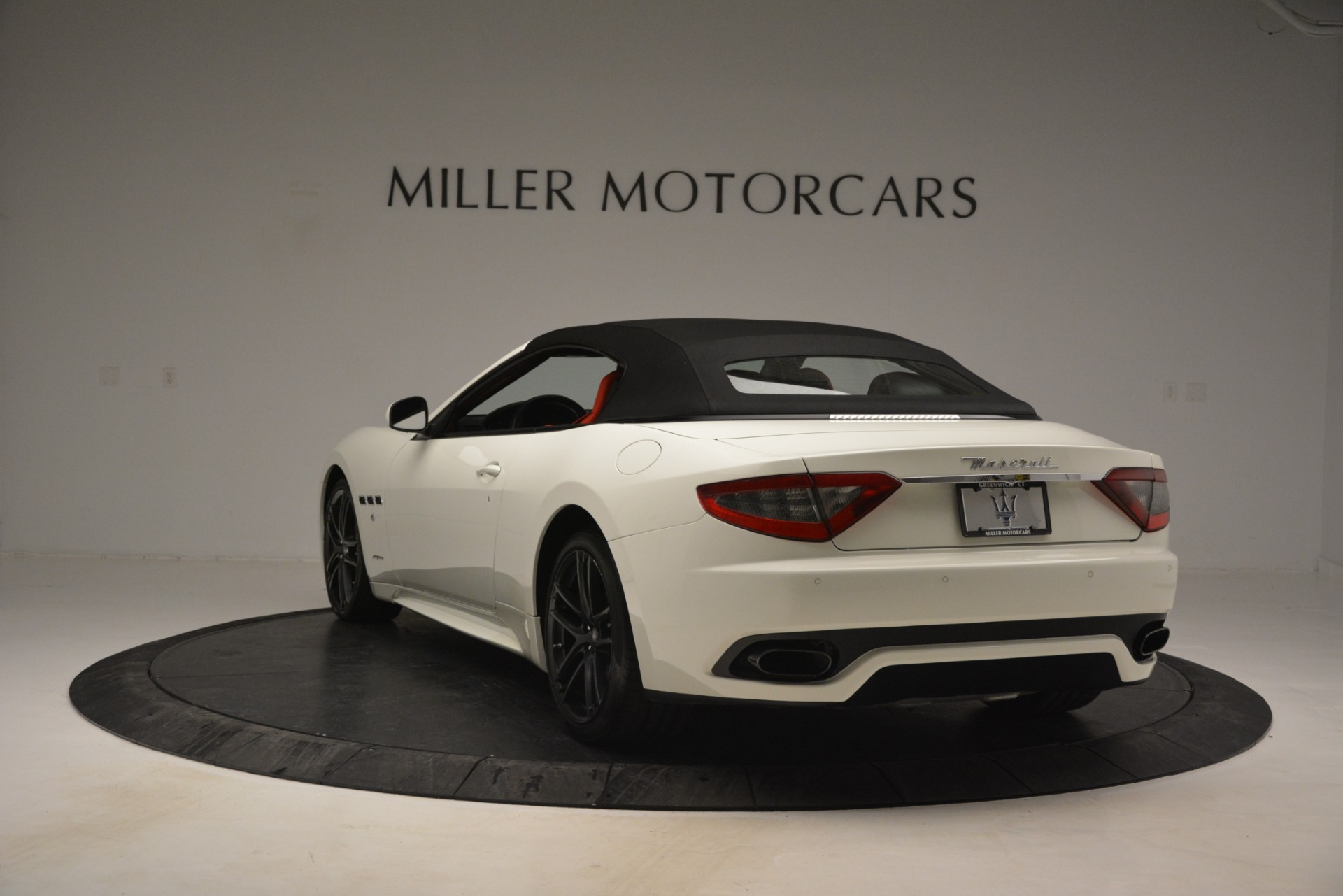 Used 2017 Maserati GranTurismo Sport For Sale In Greenwich, CT 2962_p17