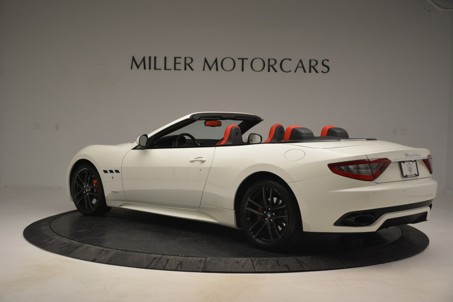 Used 2017 Maserati GranTurismo Sport For Sale In Greenwich, CT 2962_p4