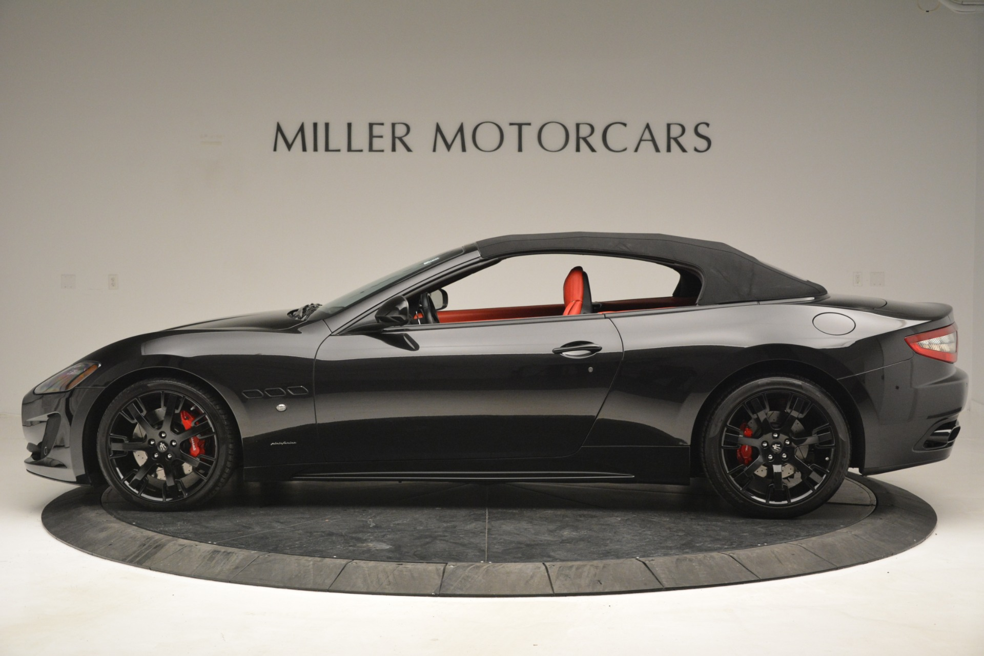 Used 2015 Maserati GranTurismo Sport For Sale In Greenwich, CT 2963_p15