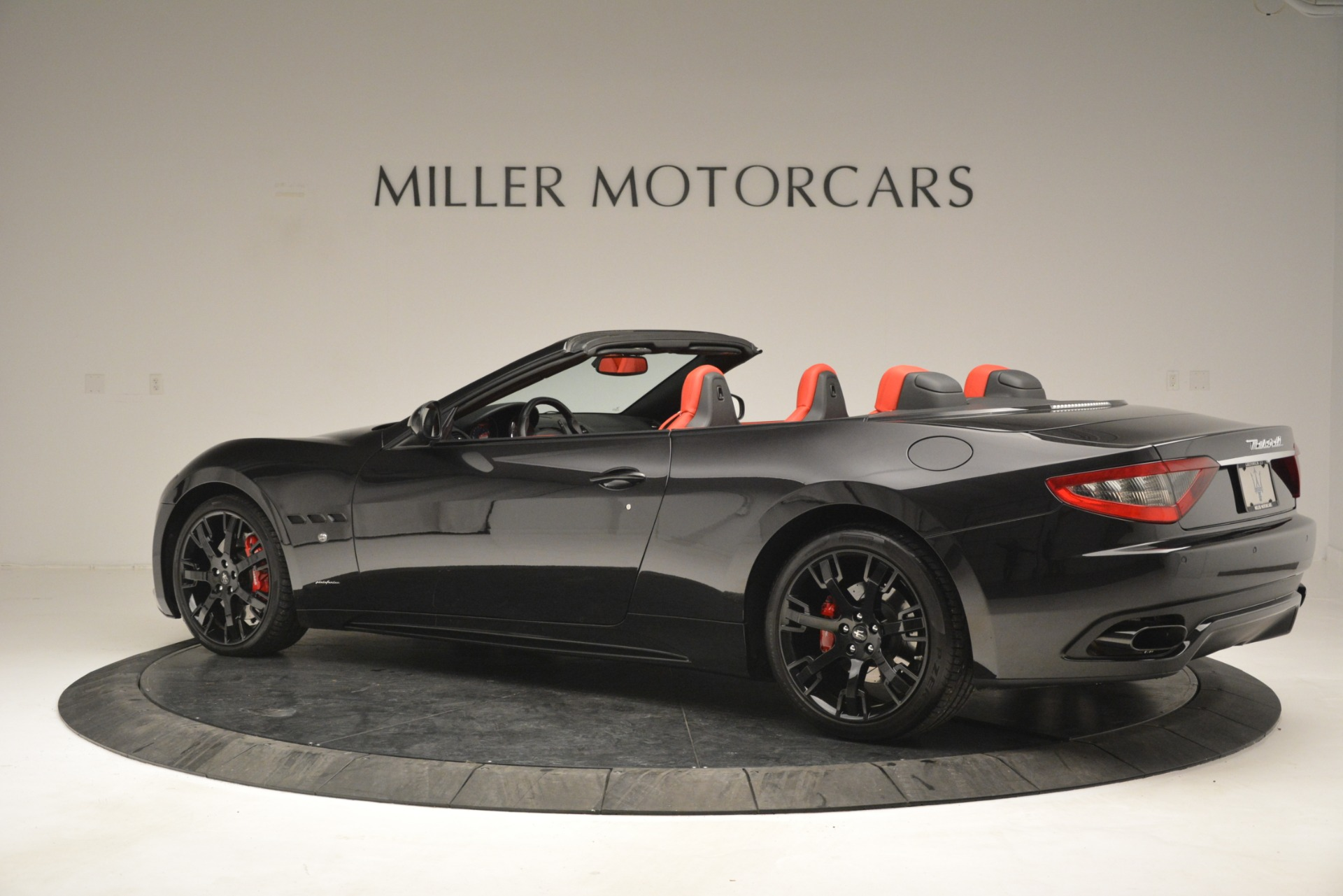 Used 2015 Maserati GranTurismo Sport For Sale In Greenwich, CT 2963_p4