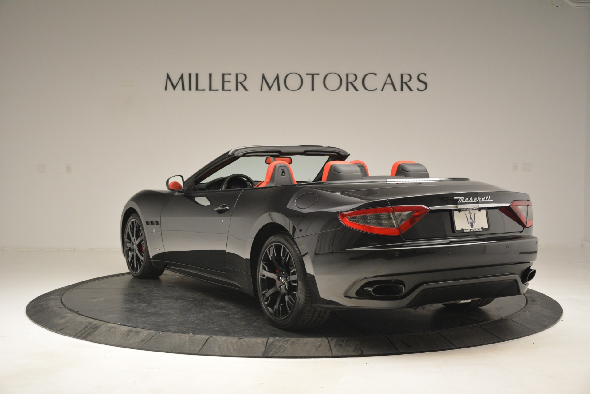Used 2015 Maserati GranTurismo Sport For Sale In Greenwich, CT 2963_p5