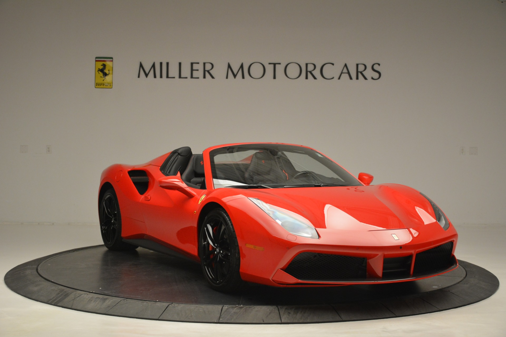 Used 2017 Ferrari 488 Spider  For Sale In Greenwich, CT 2965_p11