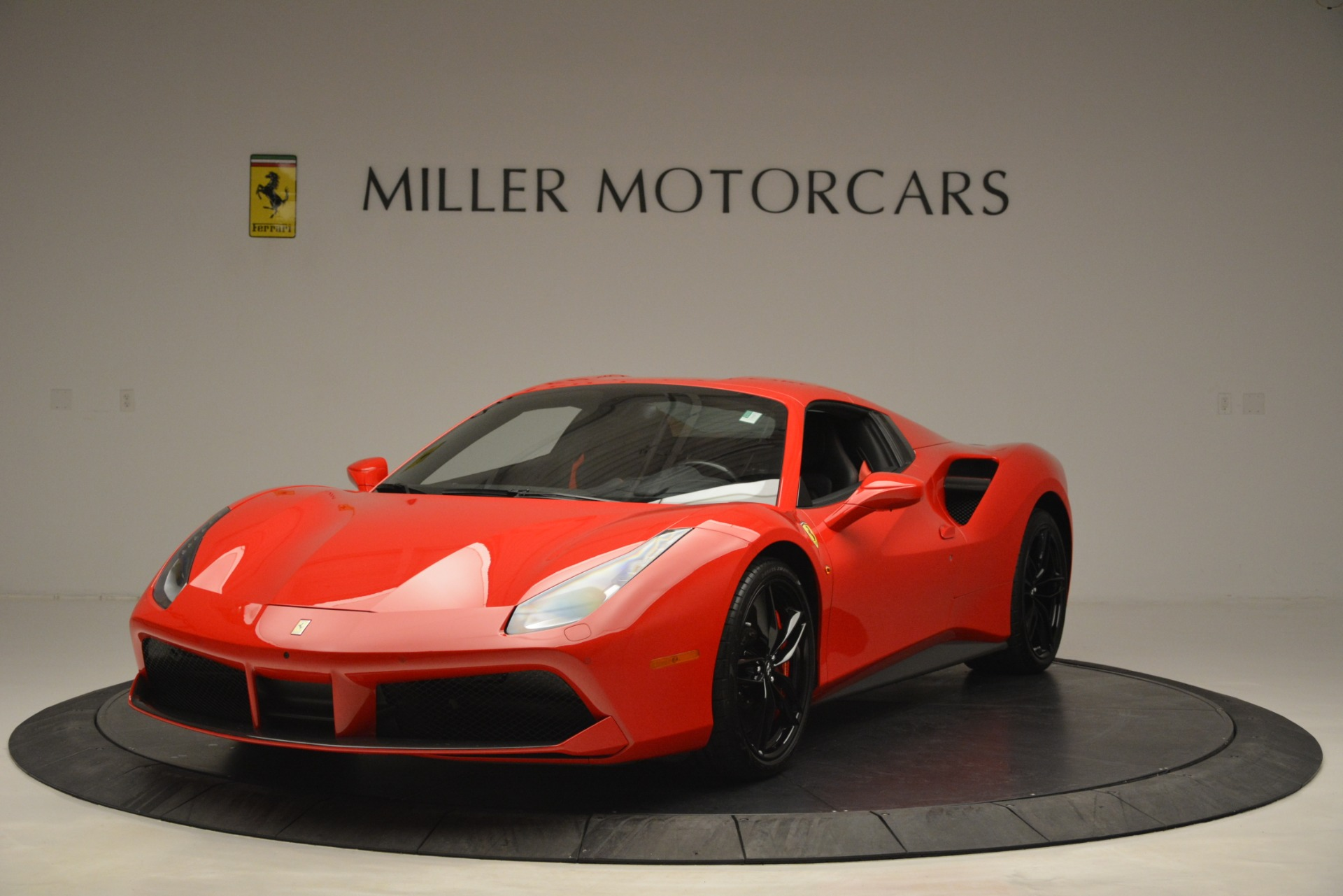 Used 2017 Ferrari 488 Spider  For Sale In Greenwich, CT 2965_p13