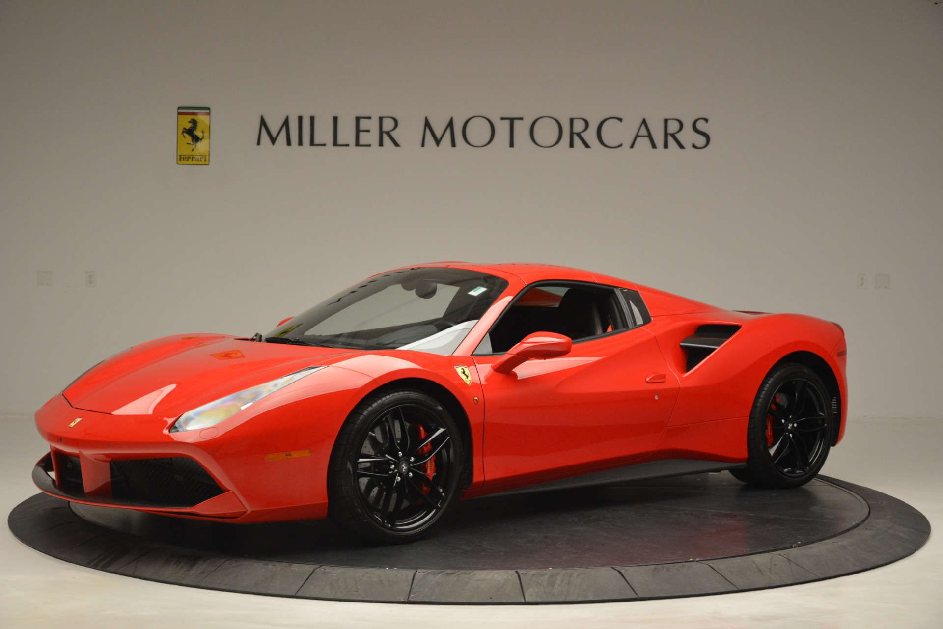 Used 2017 Ferrari 488 Spider  For Sale In Greenwich, CT 2965_p14