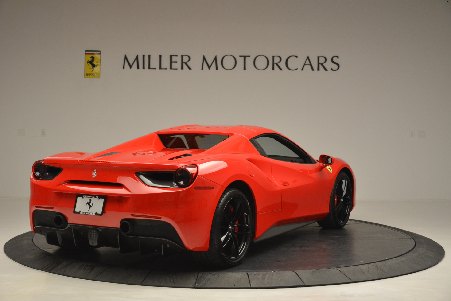 Used 2017 Ferrari 488 Spider  For Sale In Greenwich, CT 2965_p19