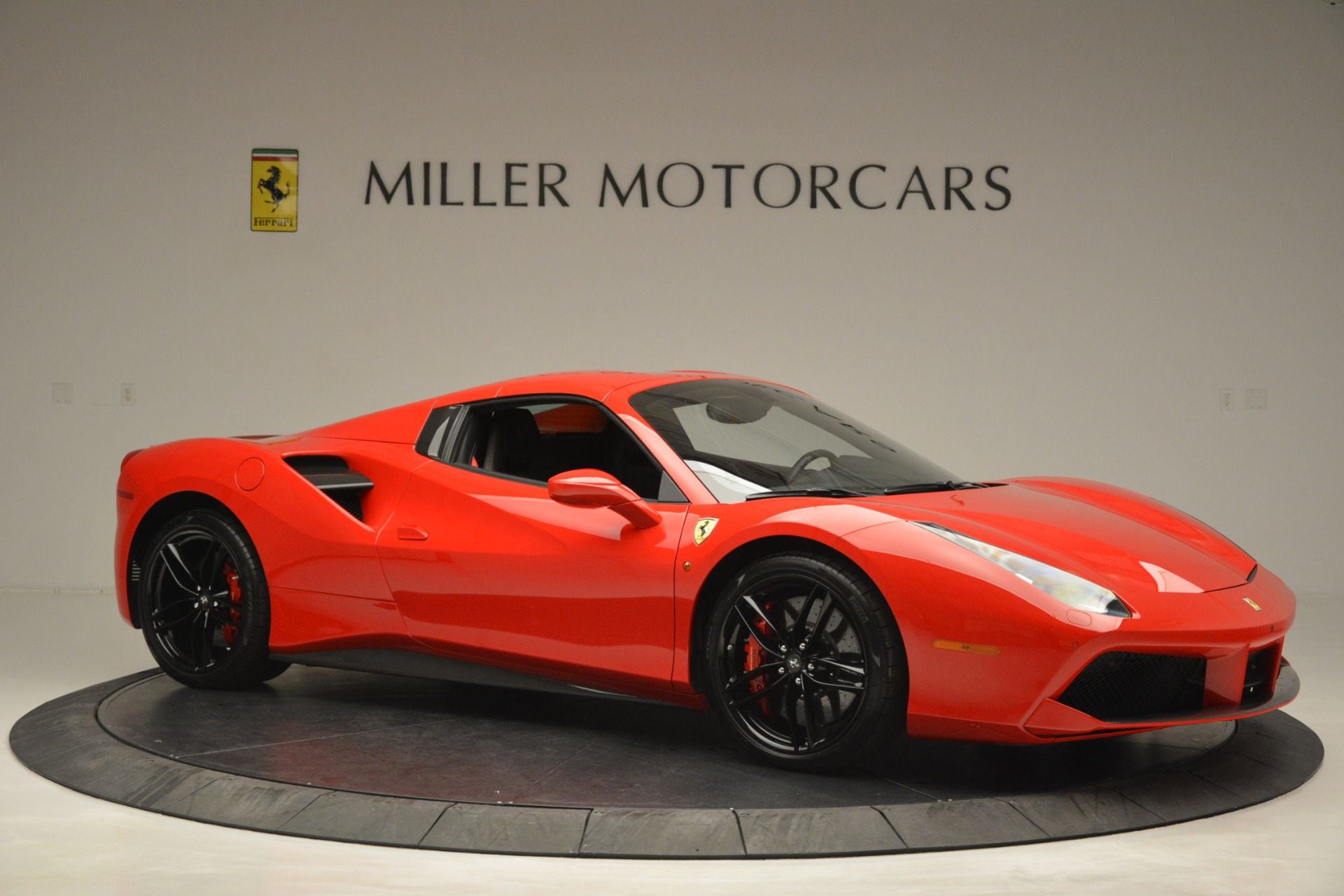 Used 2017 Ferrari 488 Spider  For Sale In Greenwich, CT 2965_p22