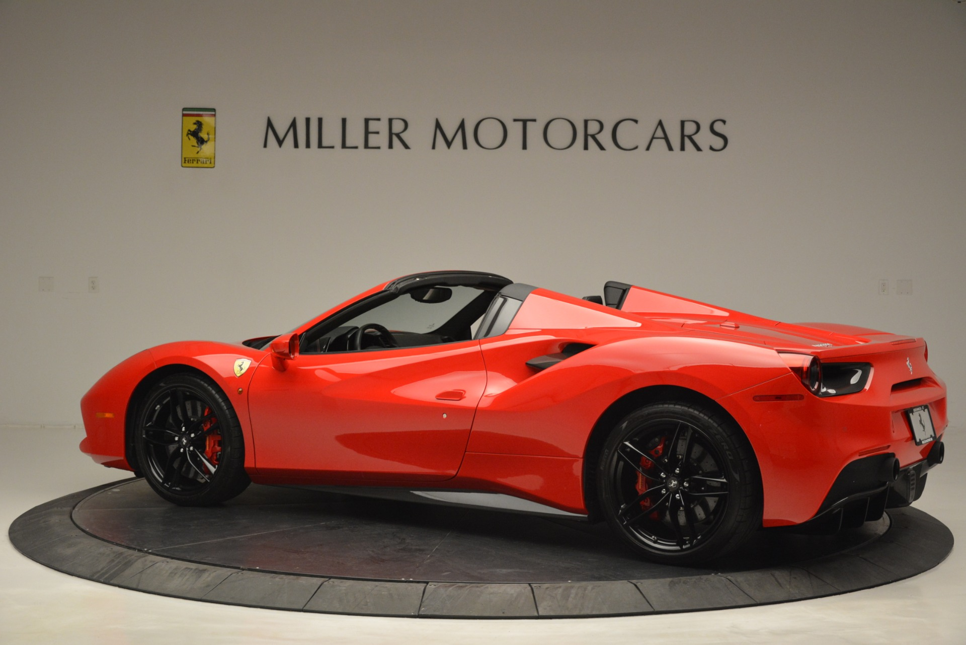 Used 2017 Ferrari 488 Spider  For Sale In Greenwich, CT 2965_p4