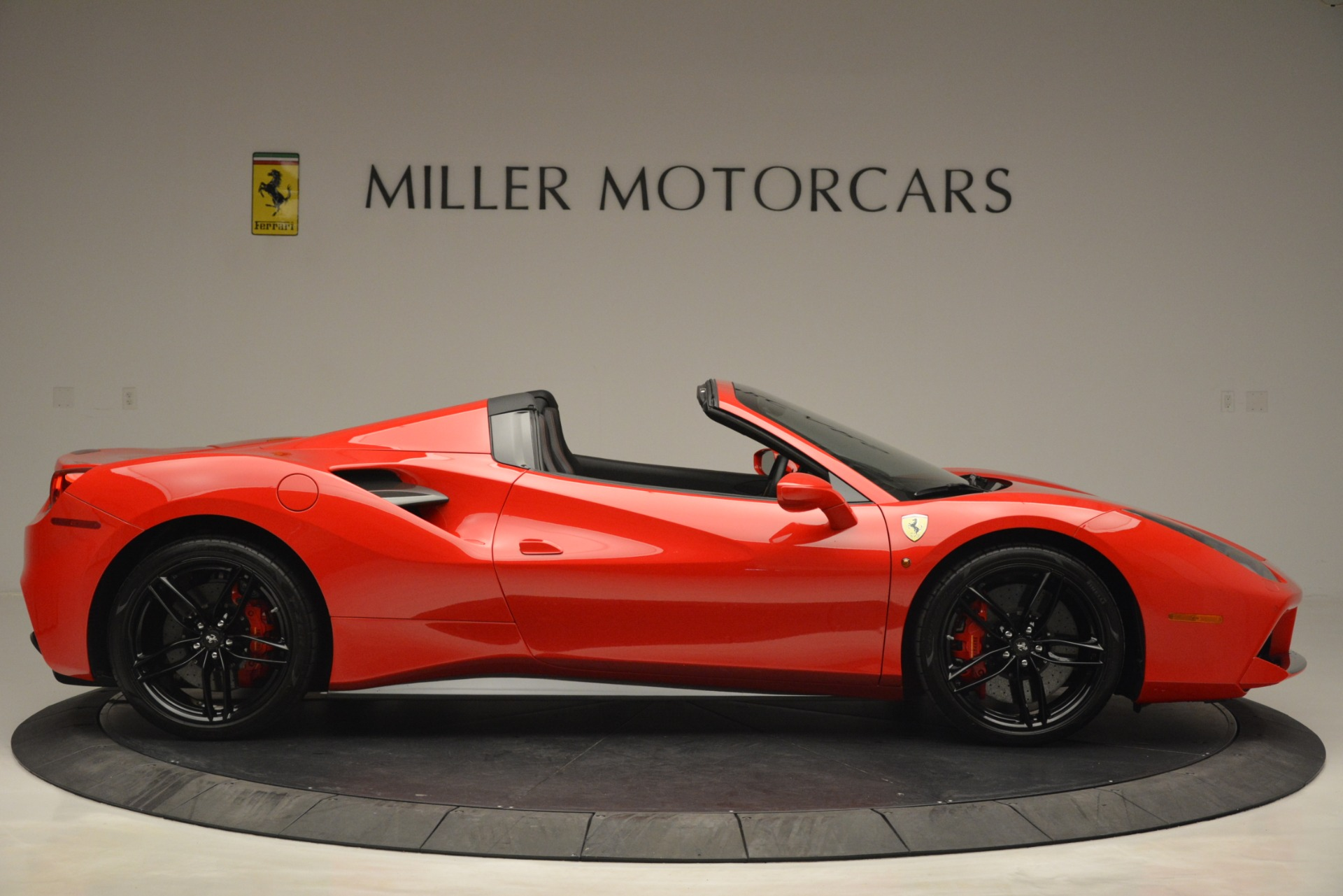 Used 2017 Ferrari 488 Spider  For Sale In Greenwich, CT 2965_p9