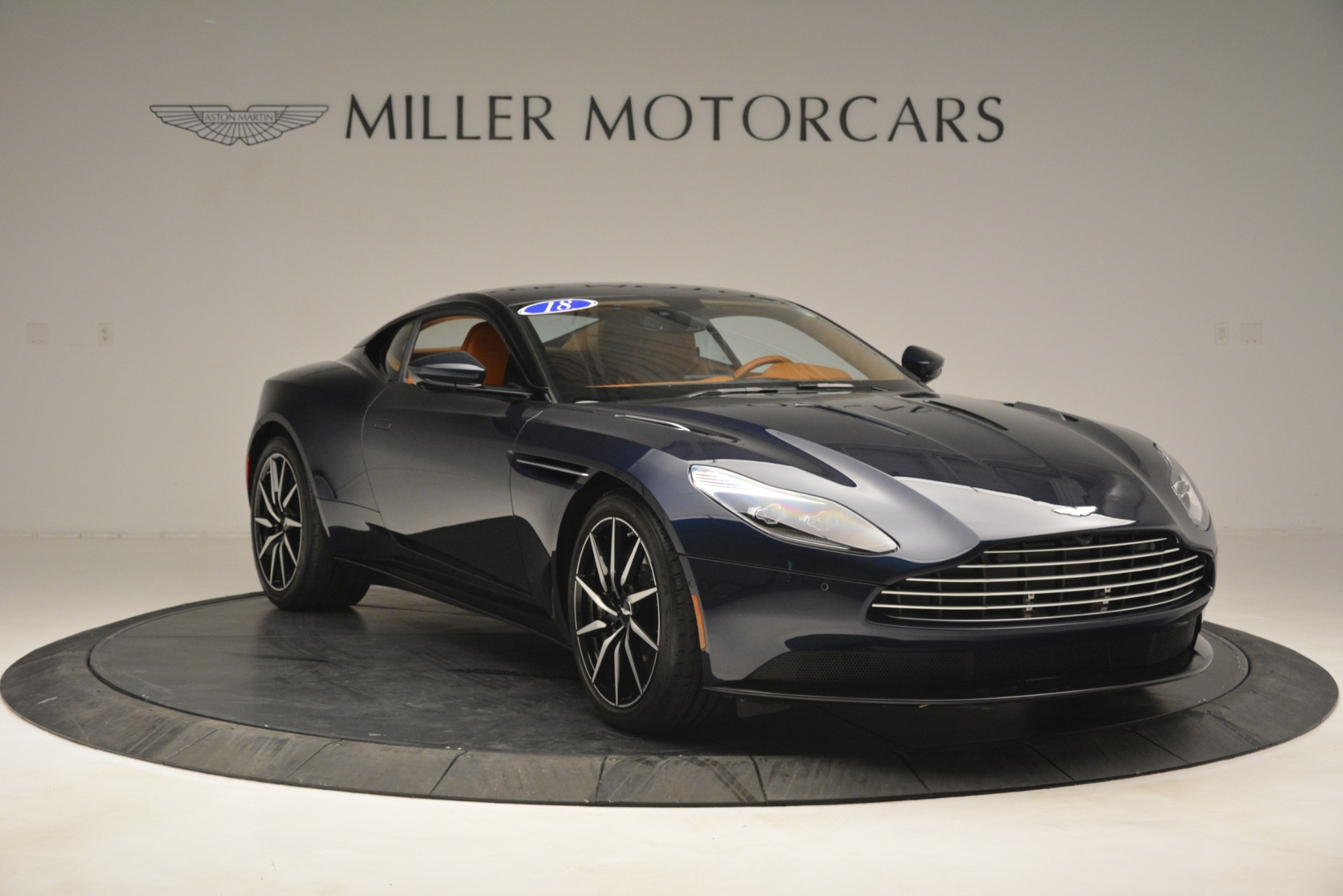 Used 2018 Aston Martin DB11 V12 Coupe For Sale In Greenwich, CT 2969_p11