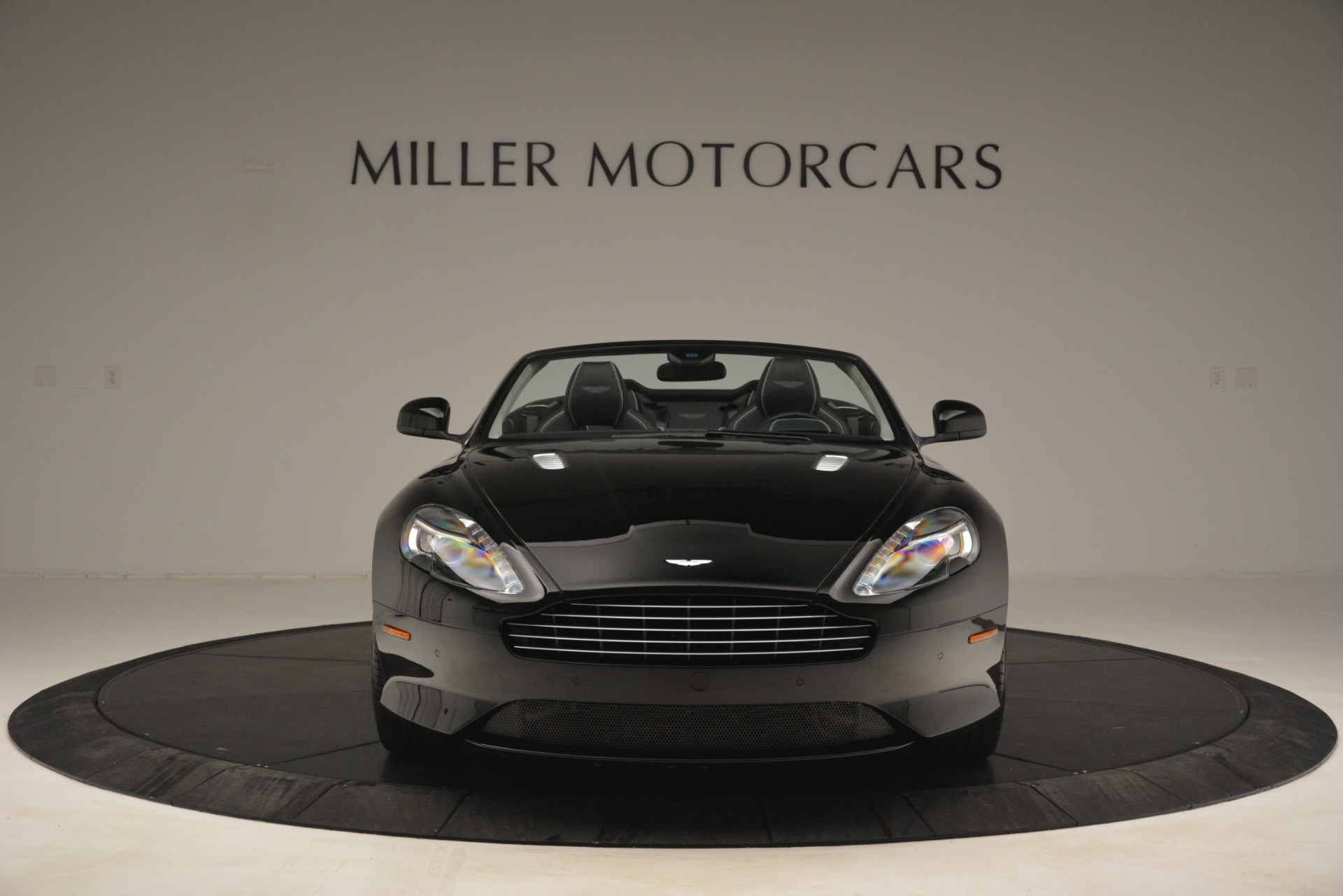 Used 2016 Aston Martin DB9 Convertible For Sale In Greenwich, CT 2971_p12