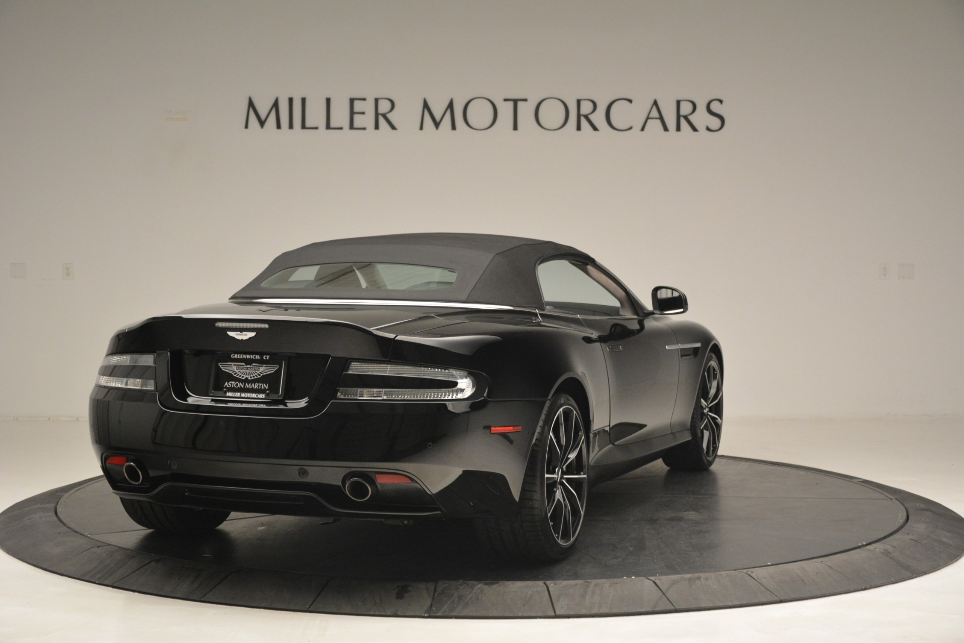 Used 2016 Aston Martin DB9 Convertible For Sale In Greenwich, CT 2971_p29