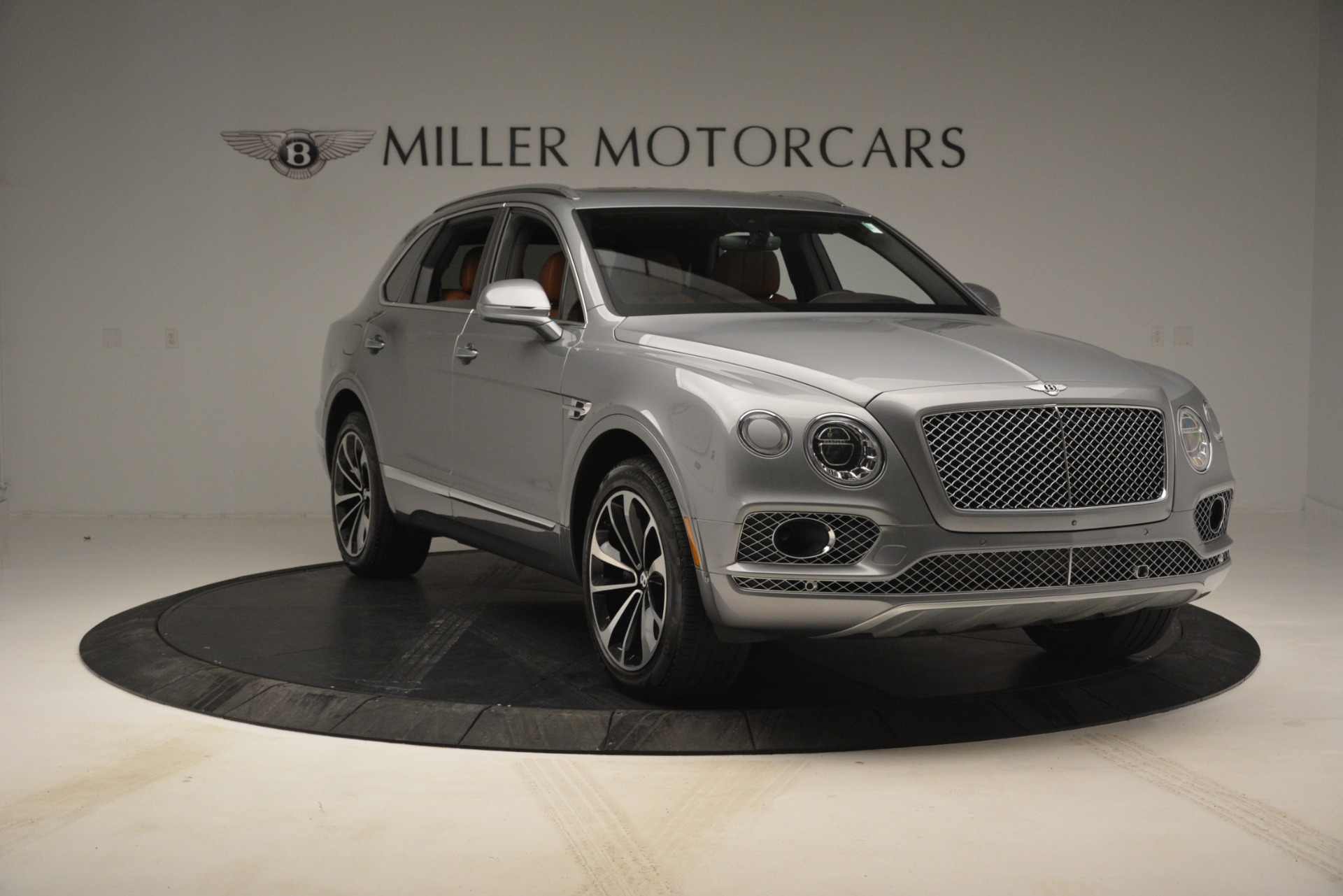 Used 2017 Bentley Bentayga W12 For Sale In Greenwich, CT 2972_p11