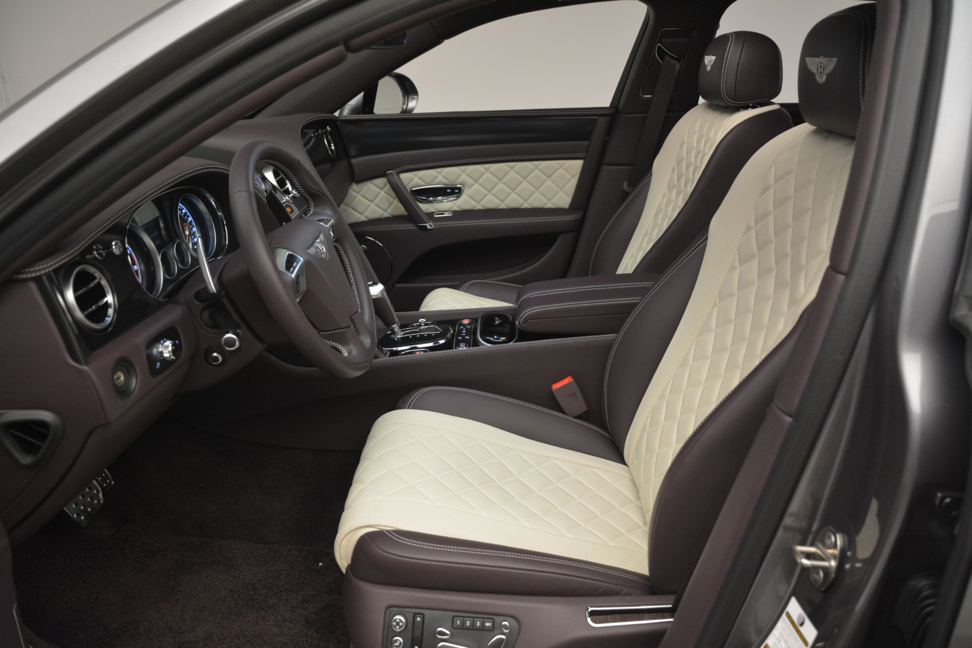 Used 2018 Bentley Flying Spur W12 S For Sale In Greenwich, CT 2973_p20