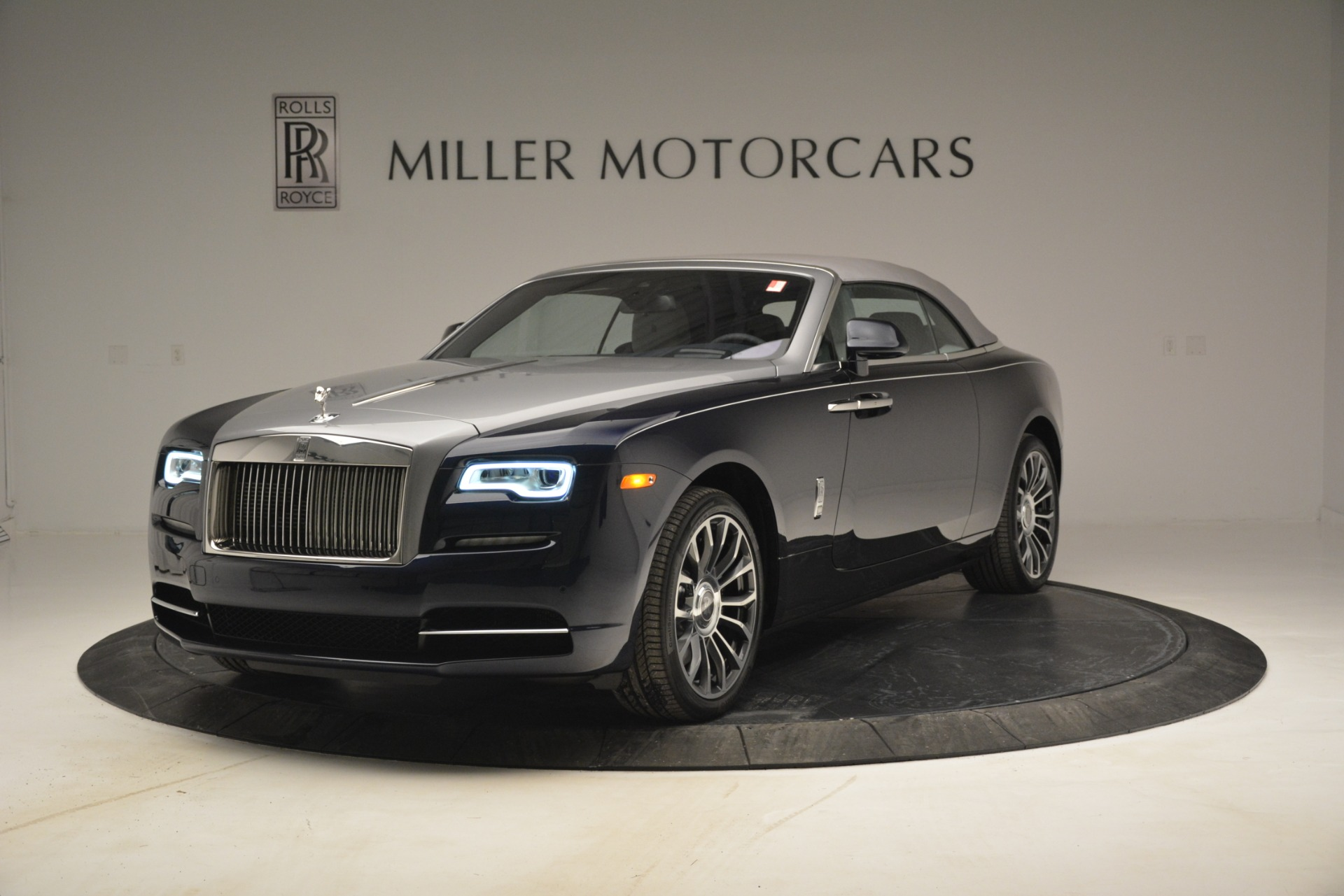 New 2019 Rolls-Royce Dawn  For Sale In Greenwich, CT 2974_p10