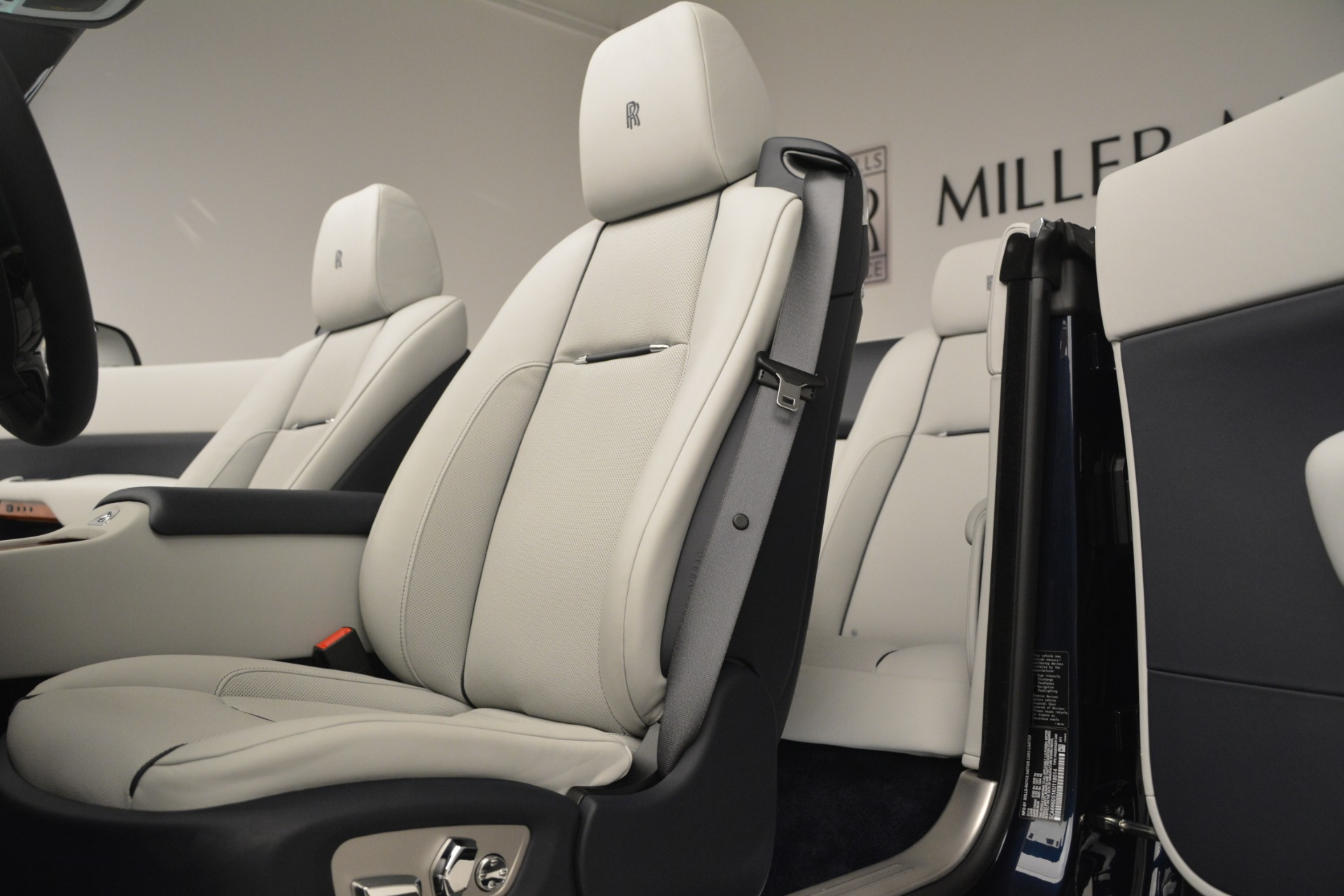 New 2019 Rolls-Royce Dawn  For Sale In Greenwich, CT 2974_p36