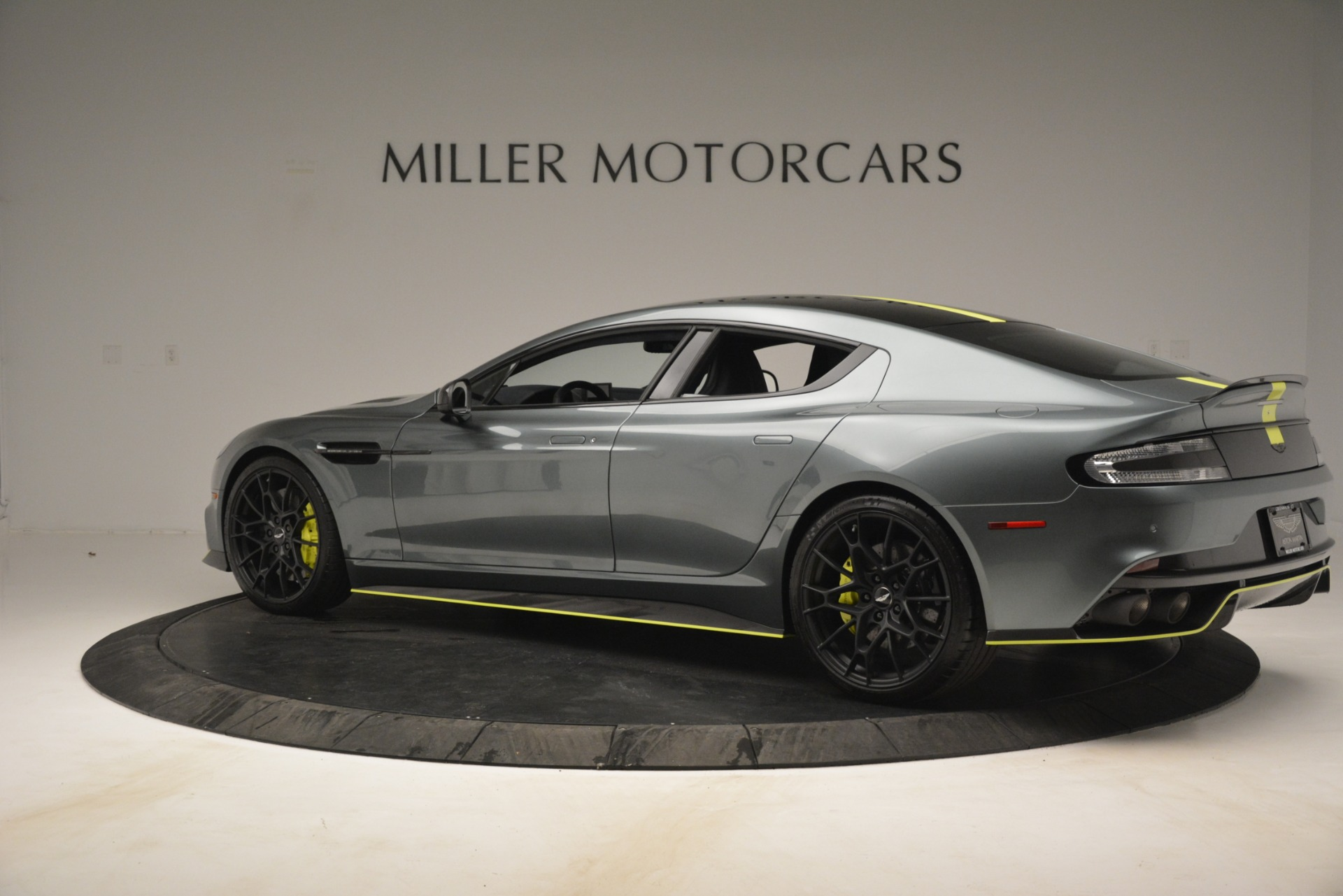 New 2019 Aston Martin Rapide V12 AMR For Sale In Greenwich, CT 2975_p4