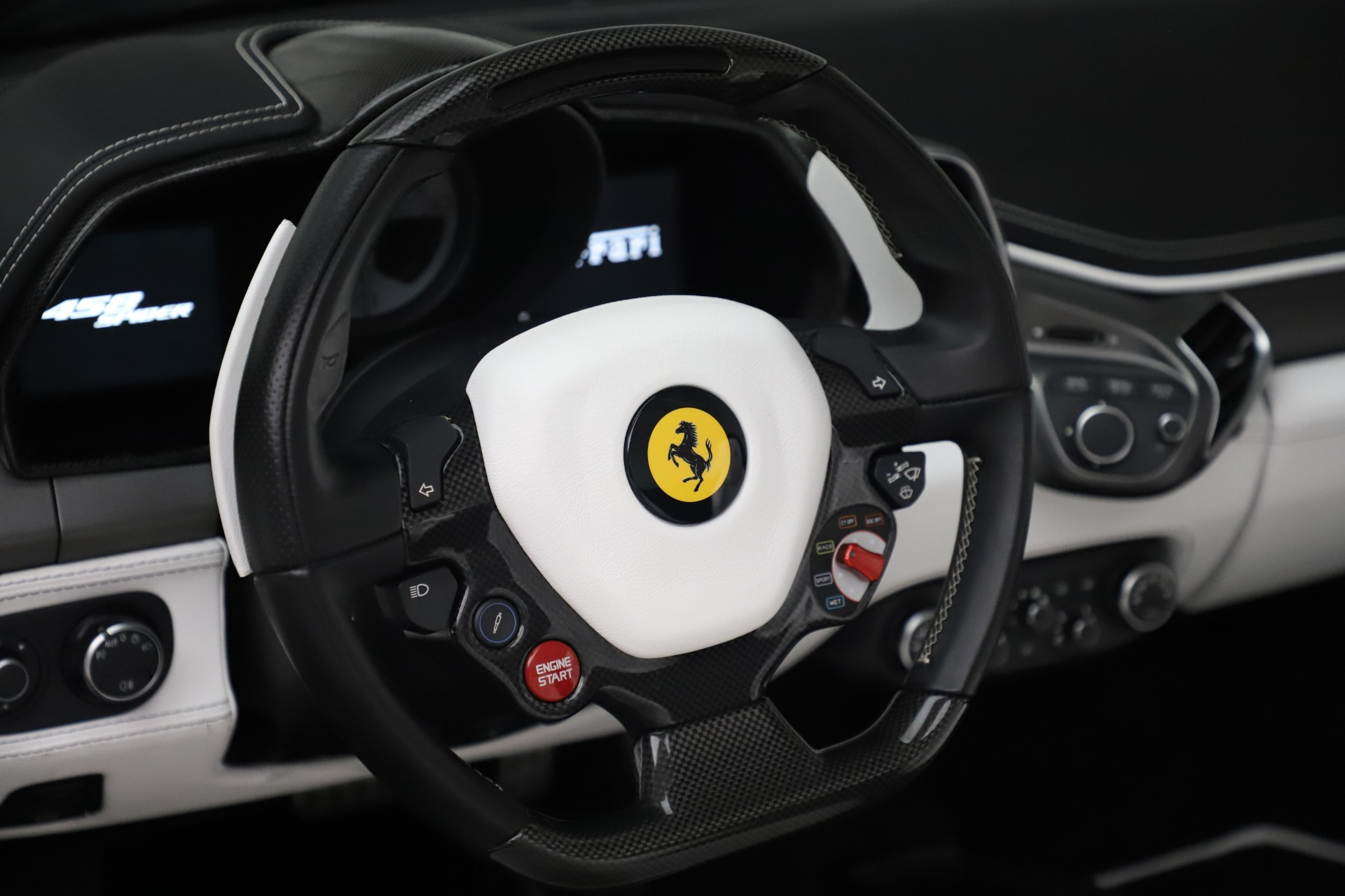 Used 2015 Ferrari 458 Spider  For Sale In Greenwich, CT 2979_p20
