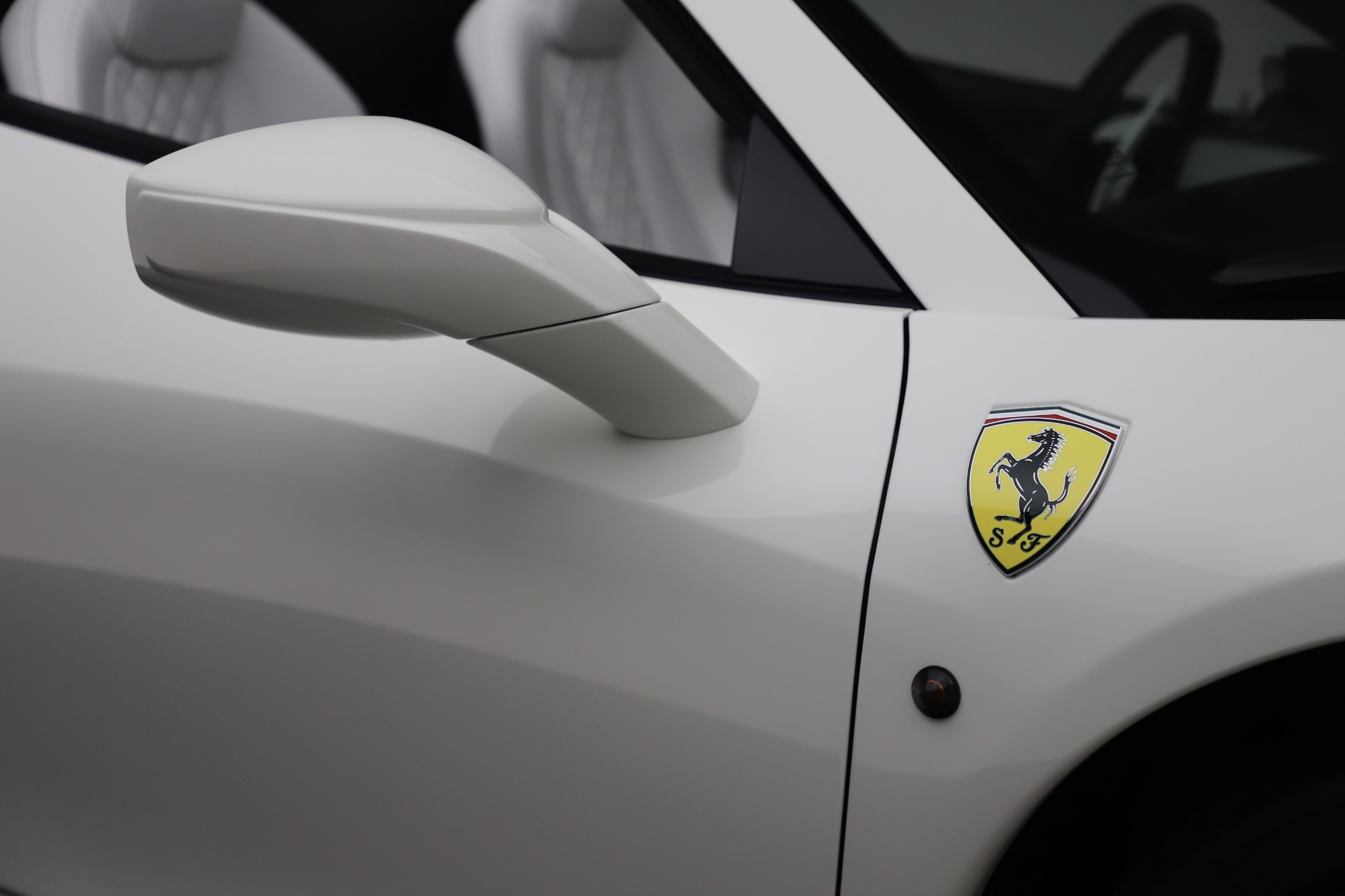 Used 2015 Ferrari 458 Spider  For Sale In Greenwich, CT 2979_p30