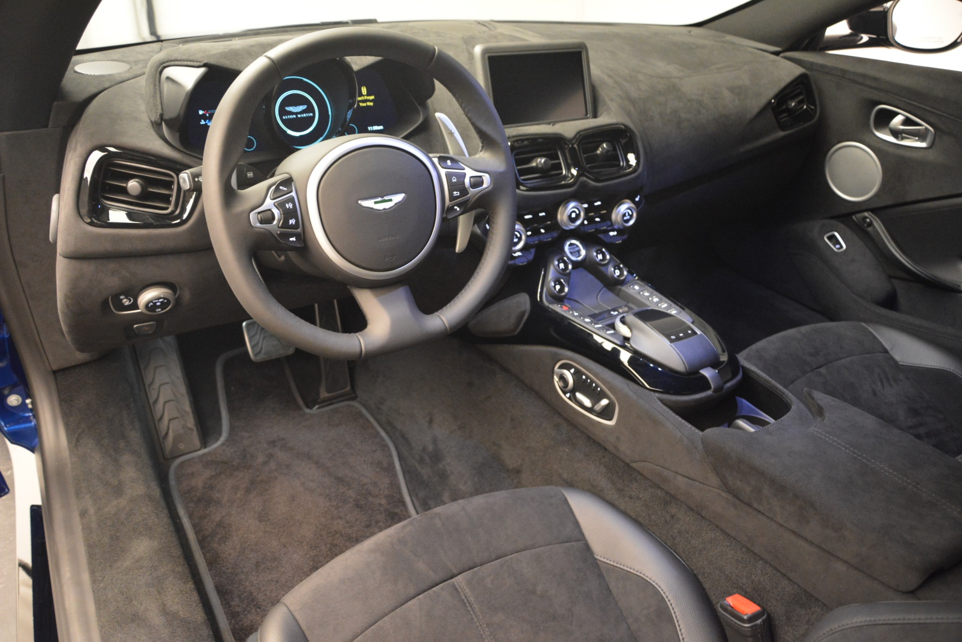 Used 2019 Aston Martin Vantage Coupe For Sale In Greenwich, CT 2981_p12