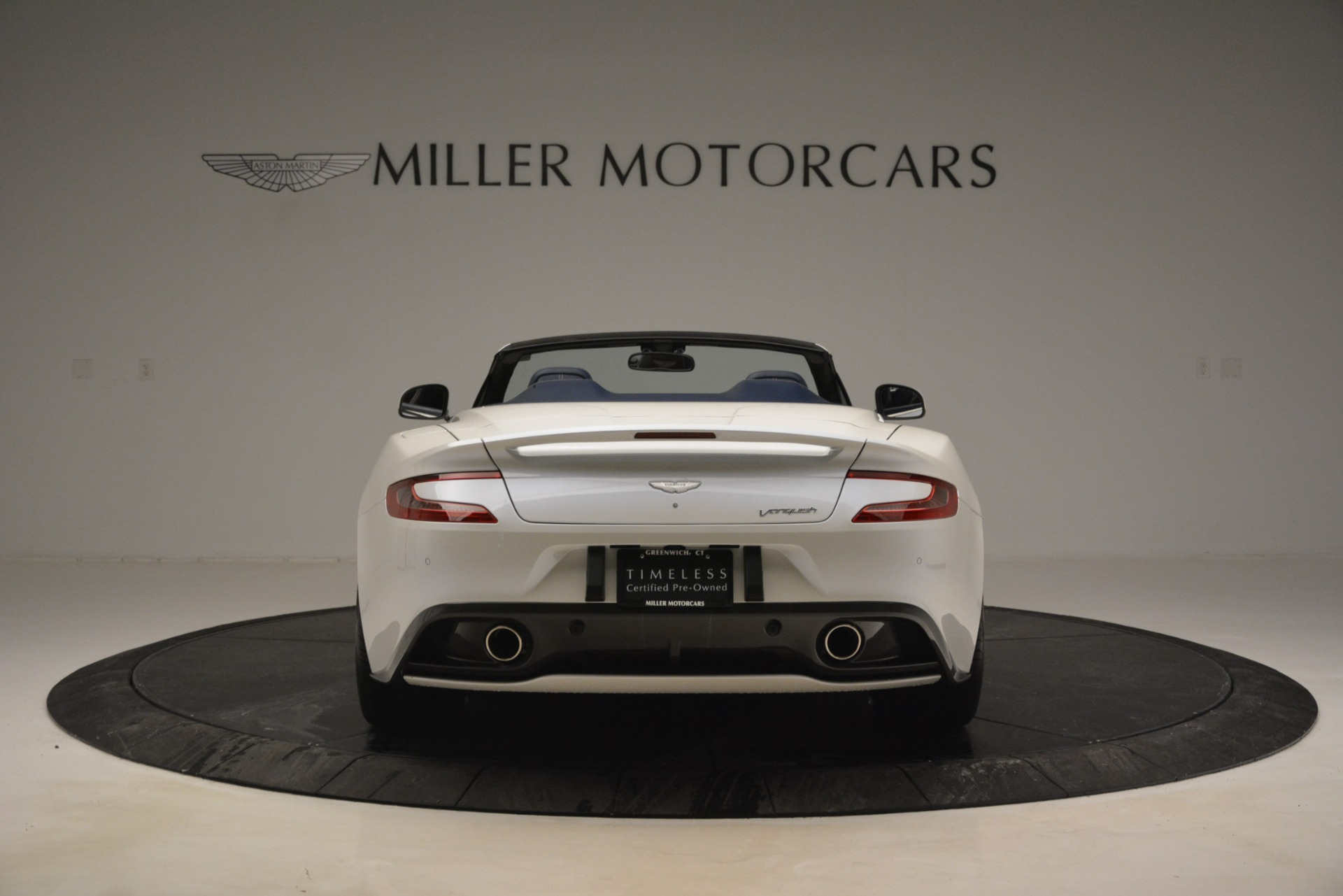 Used 2015 Aston Martin Vanquish Convertible For Sale In Greenwich, CT 2982_p6