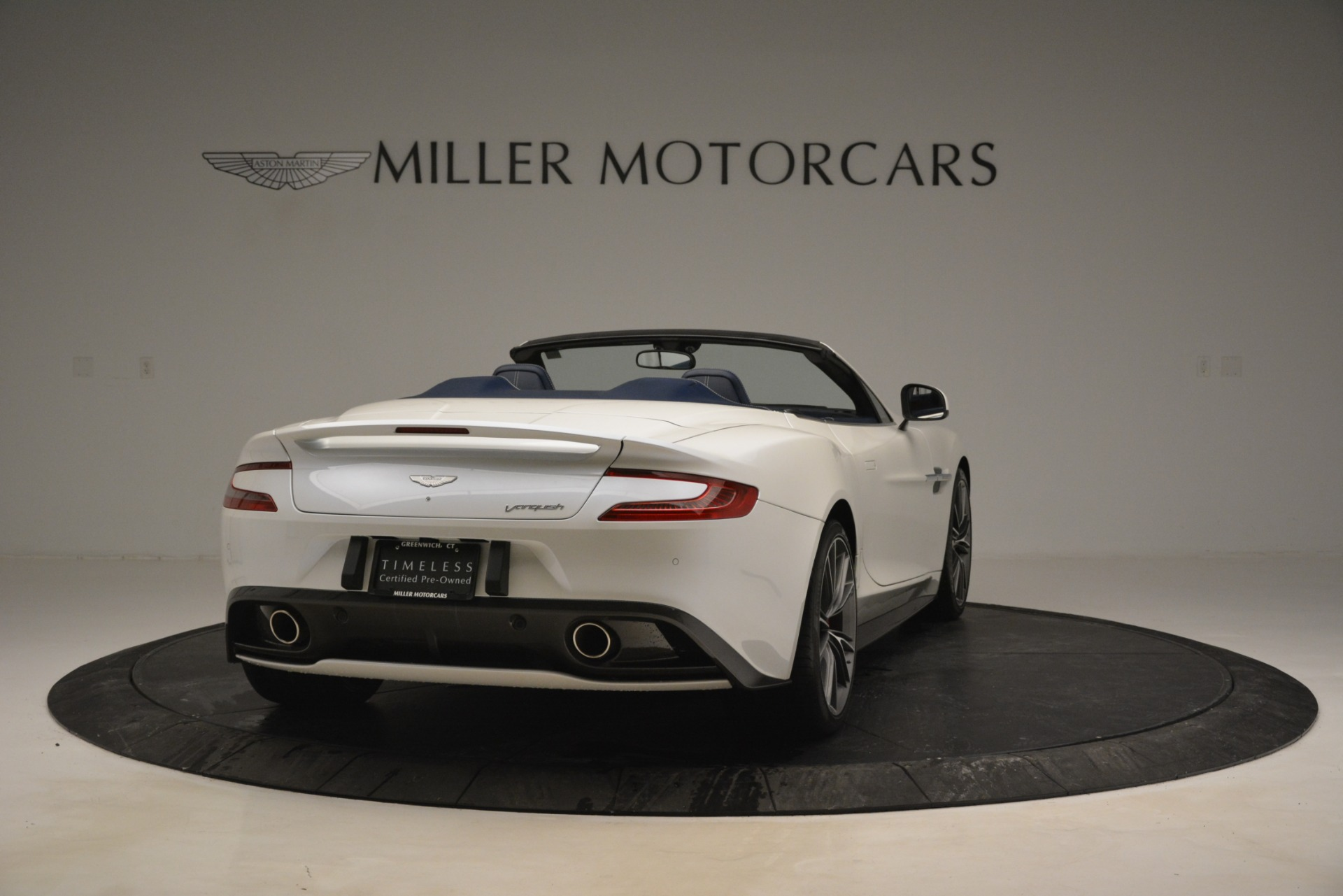Used 2015 Aston Martin Vanquish Convertible For Sale In Greenwich, CT 2982_p7