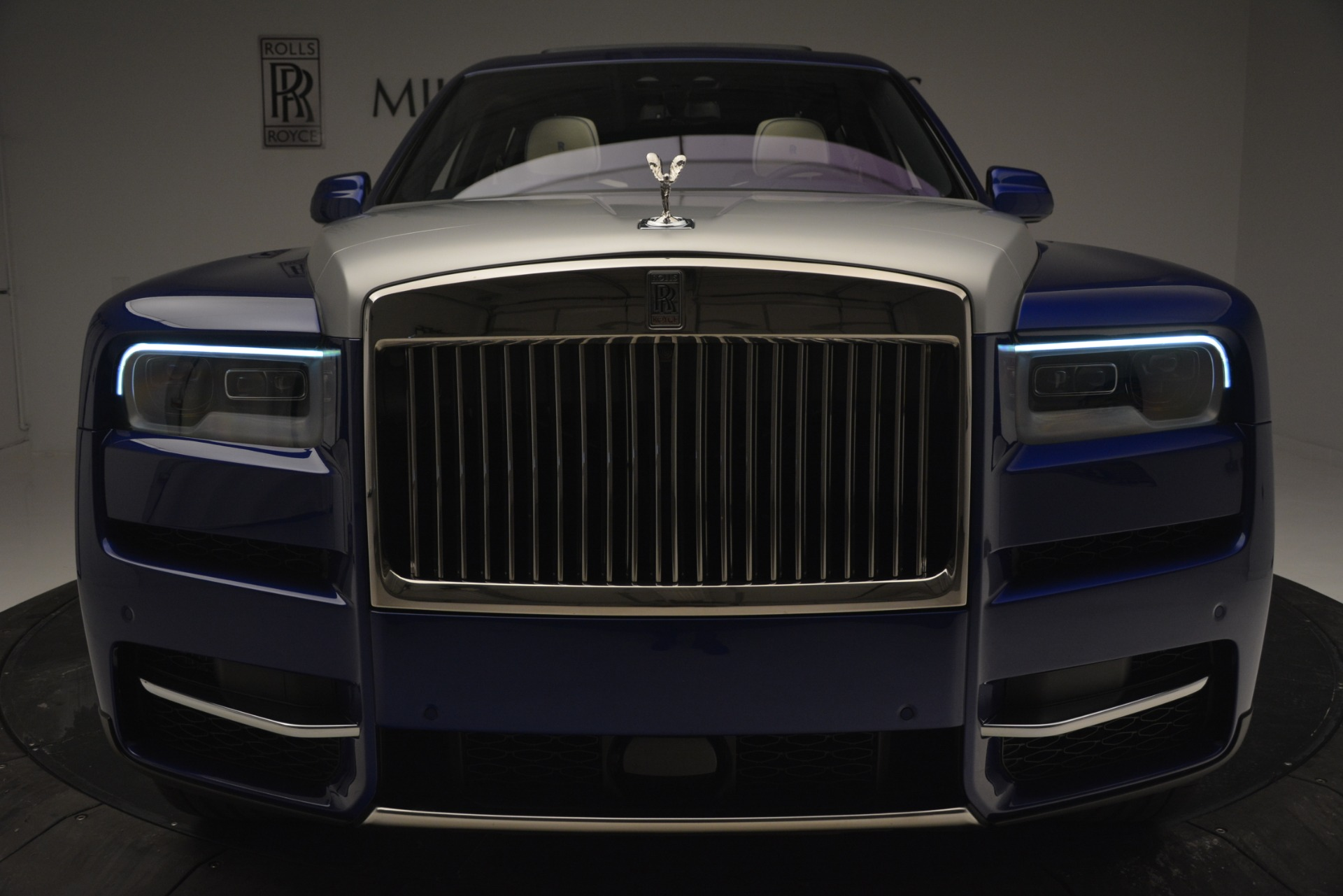 New 2019 Rolls-Royce Cullinan  For Sale In Greenwich, CT 2983_p10