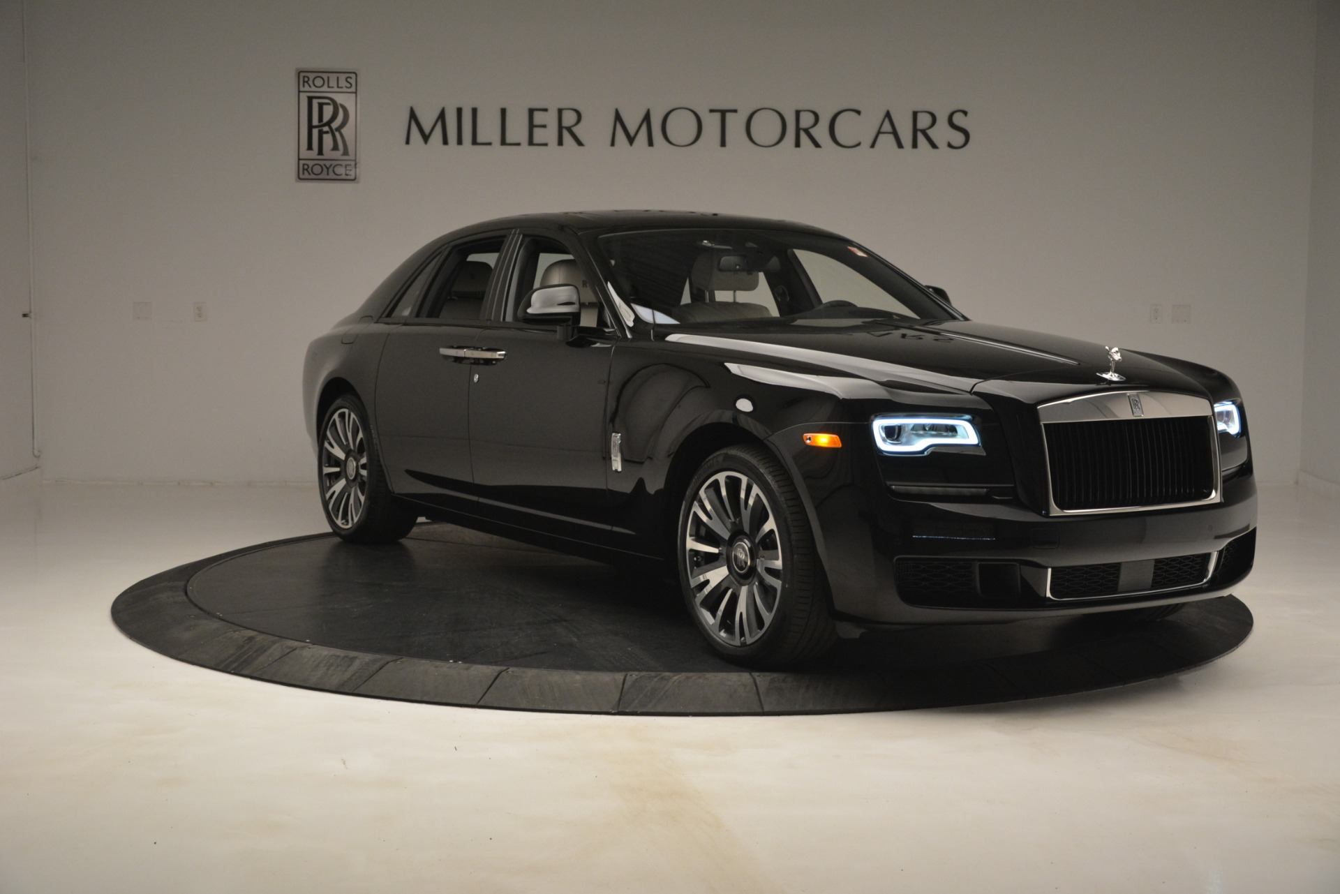 New 2019 Rolls-Royce Ghost  For Sale In Greenwich, CT 2984_p11