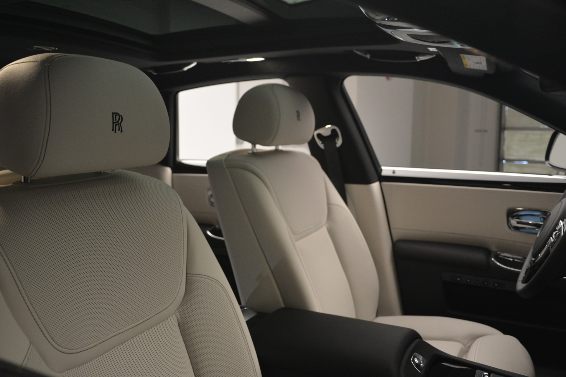 New 2019 Rolls-Royce Ghost  For Sale In Greenwich, CT 2984_p28