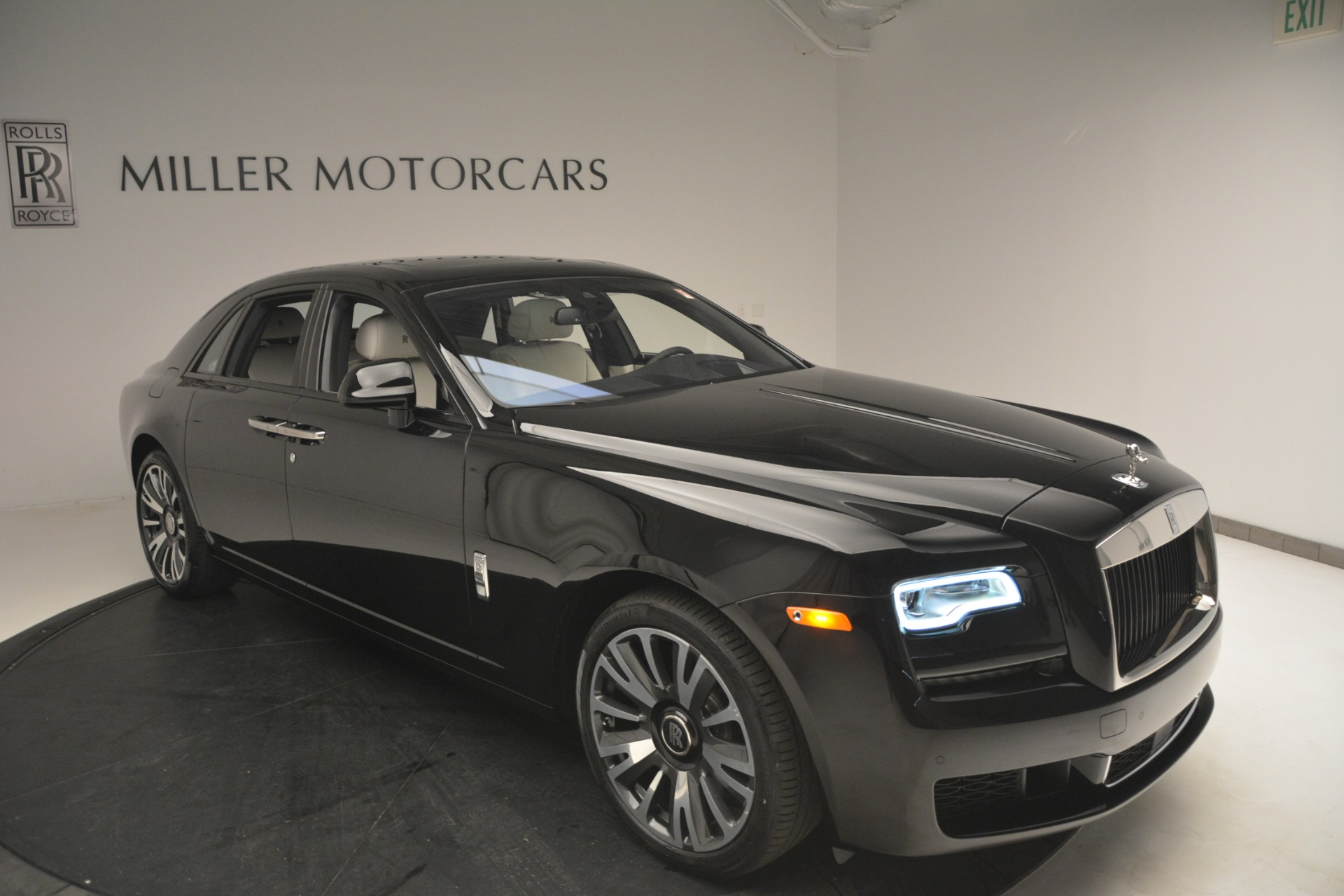 New 2019 Rolls-Royce Ghost  For Sale In Greenwich, CT 2984_p44