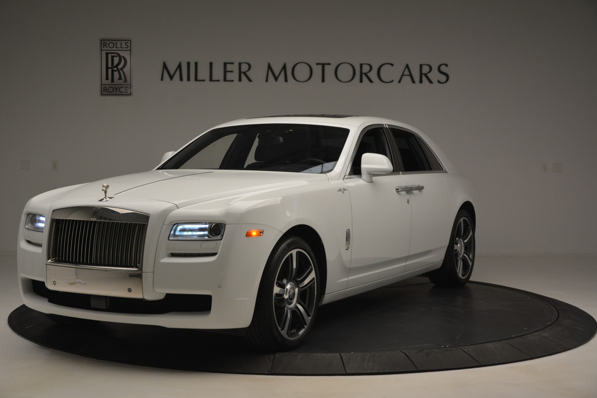 Used 2014 Rolls-Royce Ghost V-Spec For Sale In Greenwich, CT 2989_main