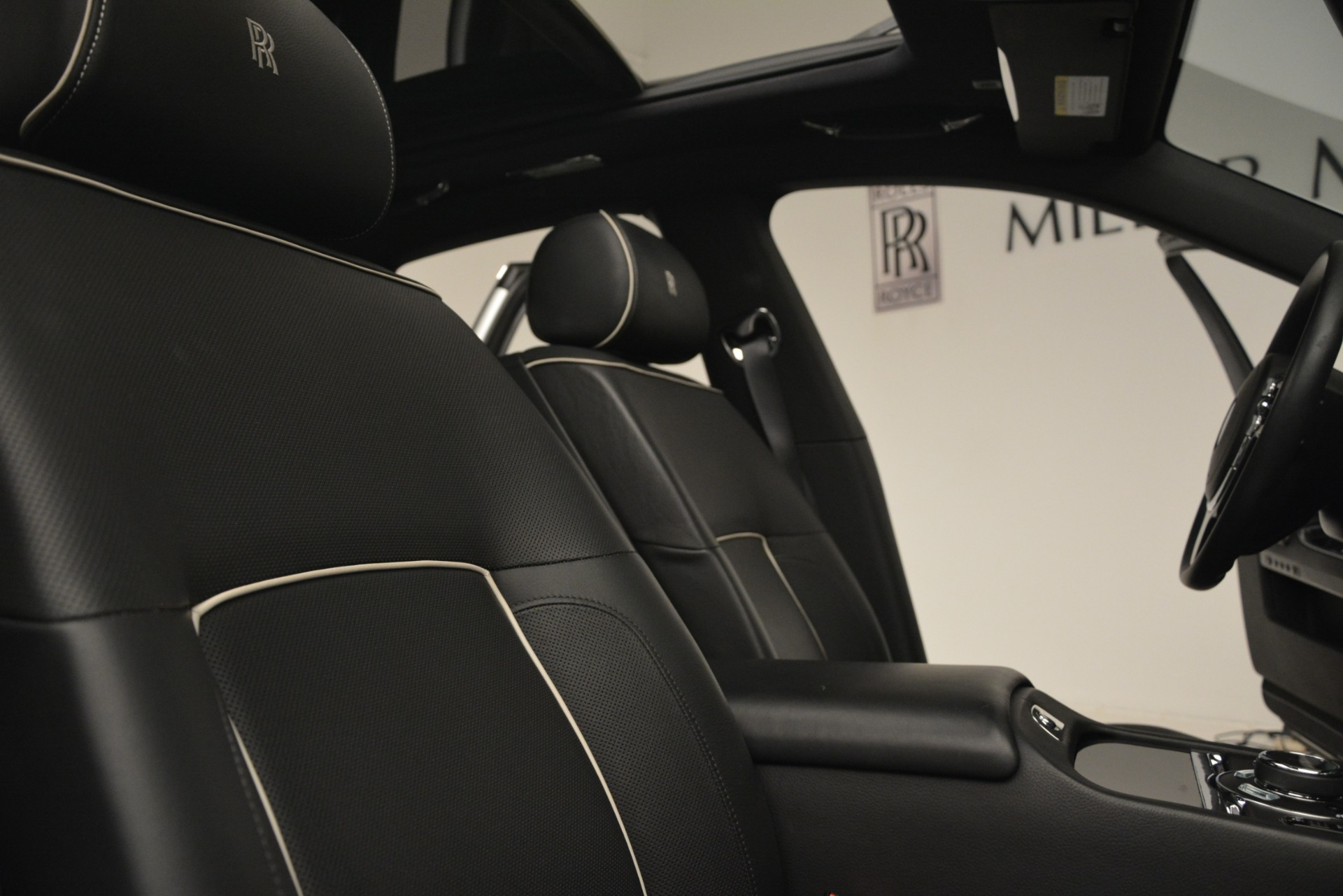Used 2014 Rolls-Royce Ghost V-Spec For Sale In Greenwich, CT 2989_p24