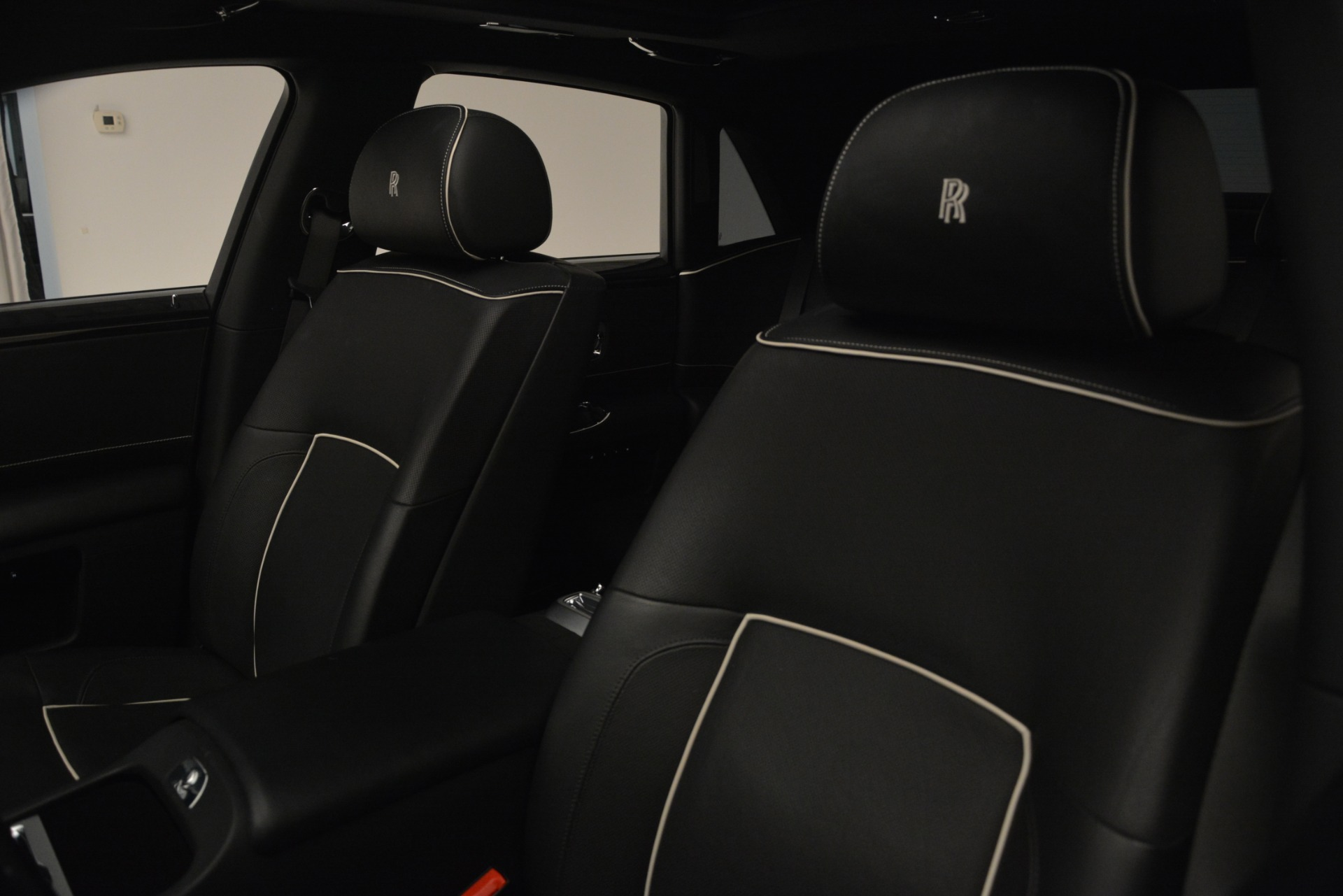Used 2014 Rolls-Royce Ghost V-Spec For Sale In Greenwich, CT 2989_p27